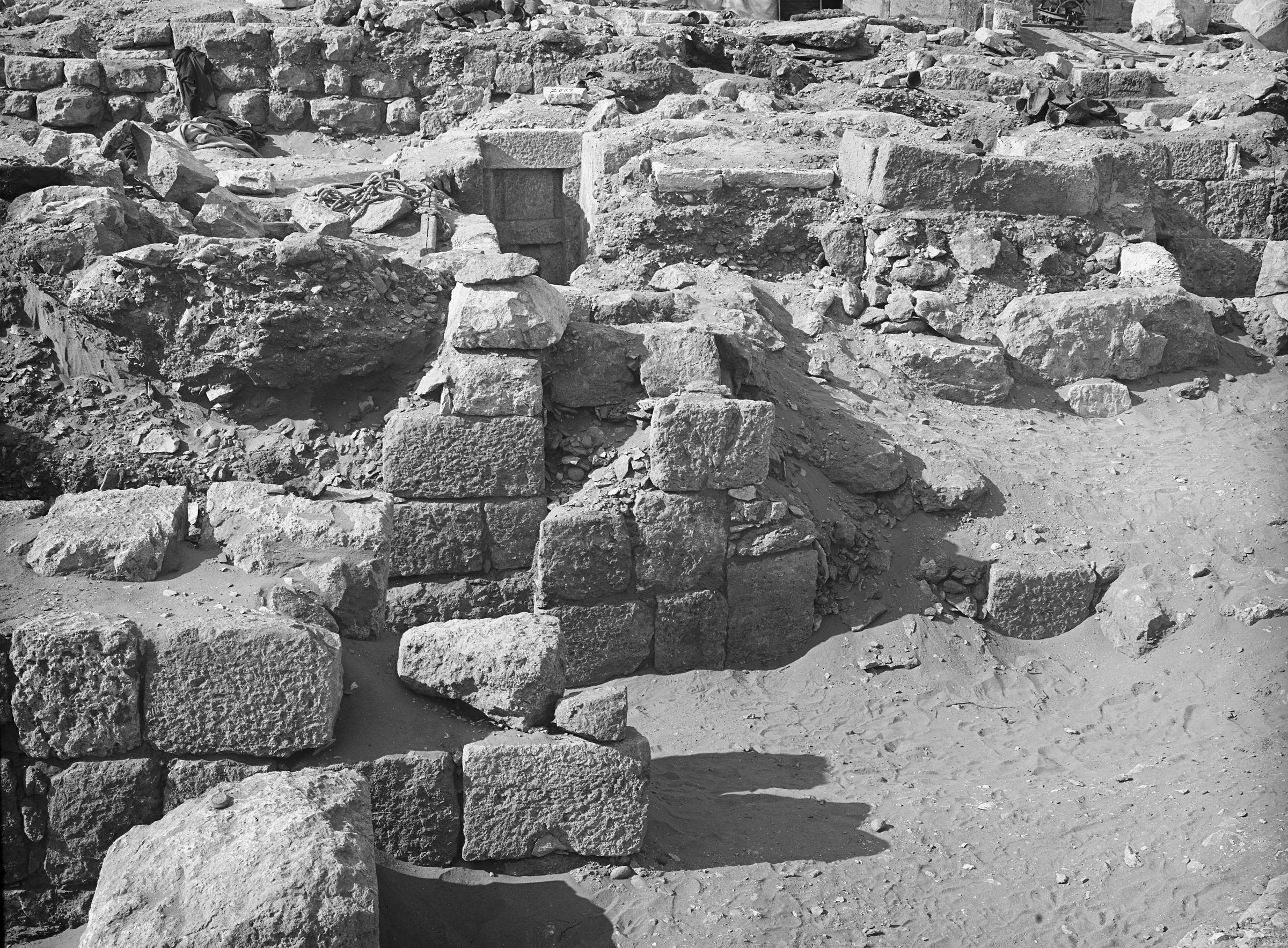 Western Cemetery: Site: Giza; View: G 2009, G 2013