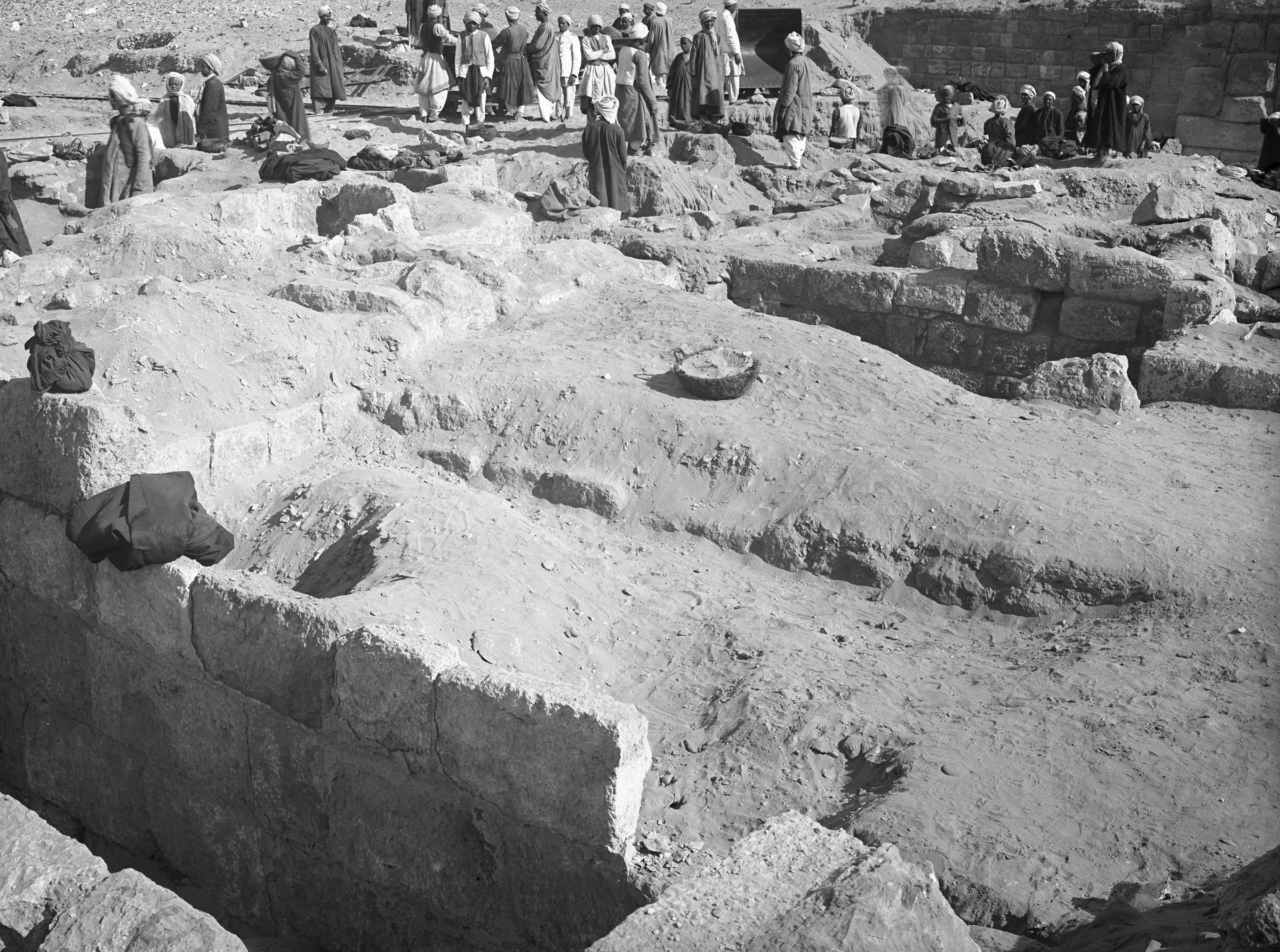 Western Cemetery: Site: Giza; View: G 2010, G 2012, G 2014, G 2009