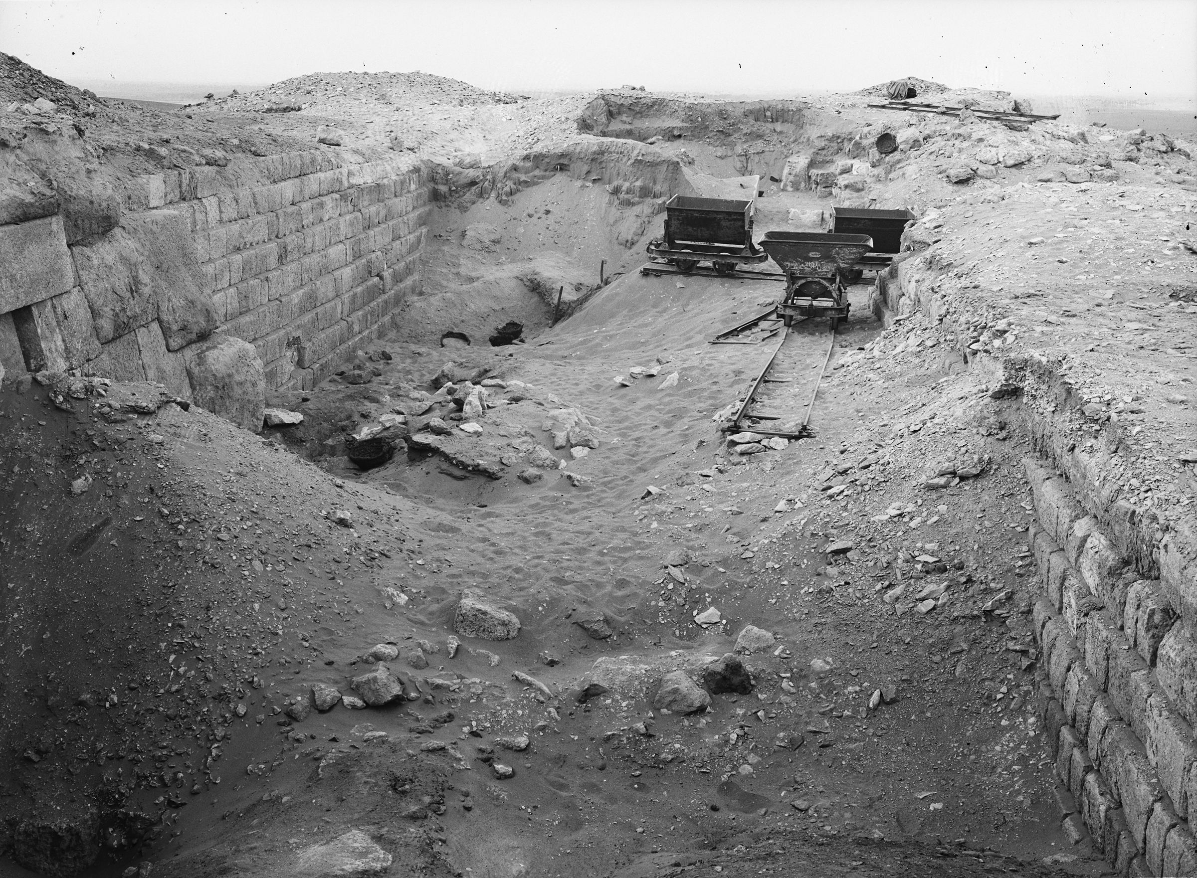 Western Cemetery: Site: Giza; View: G 2100, G 2100-I, G 2120