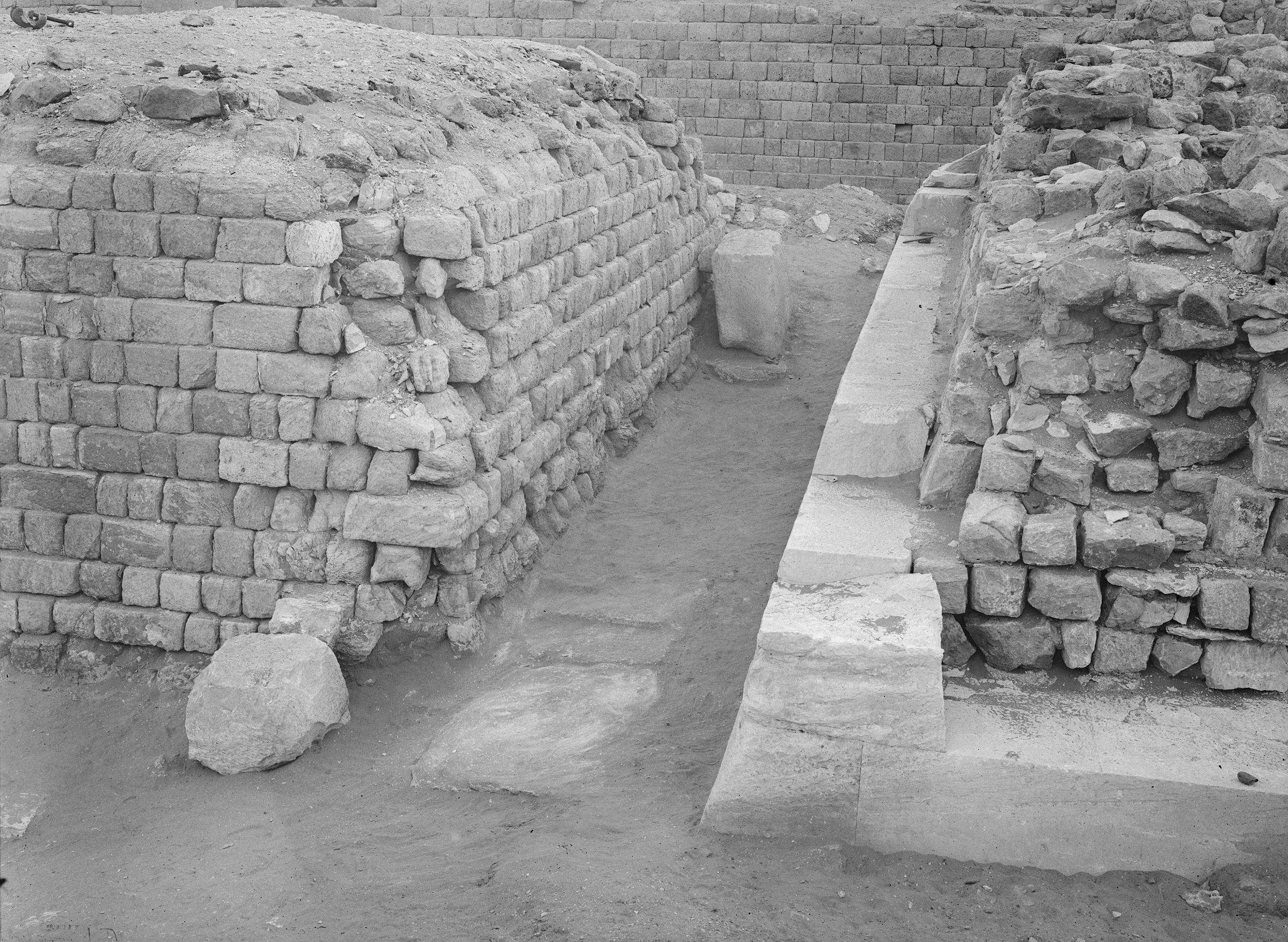 Western Cemetery: Site: Giza; View: G 2130, G 2120