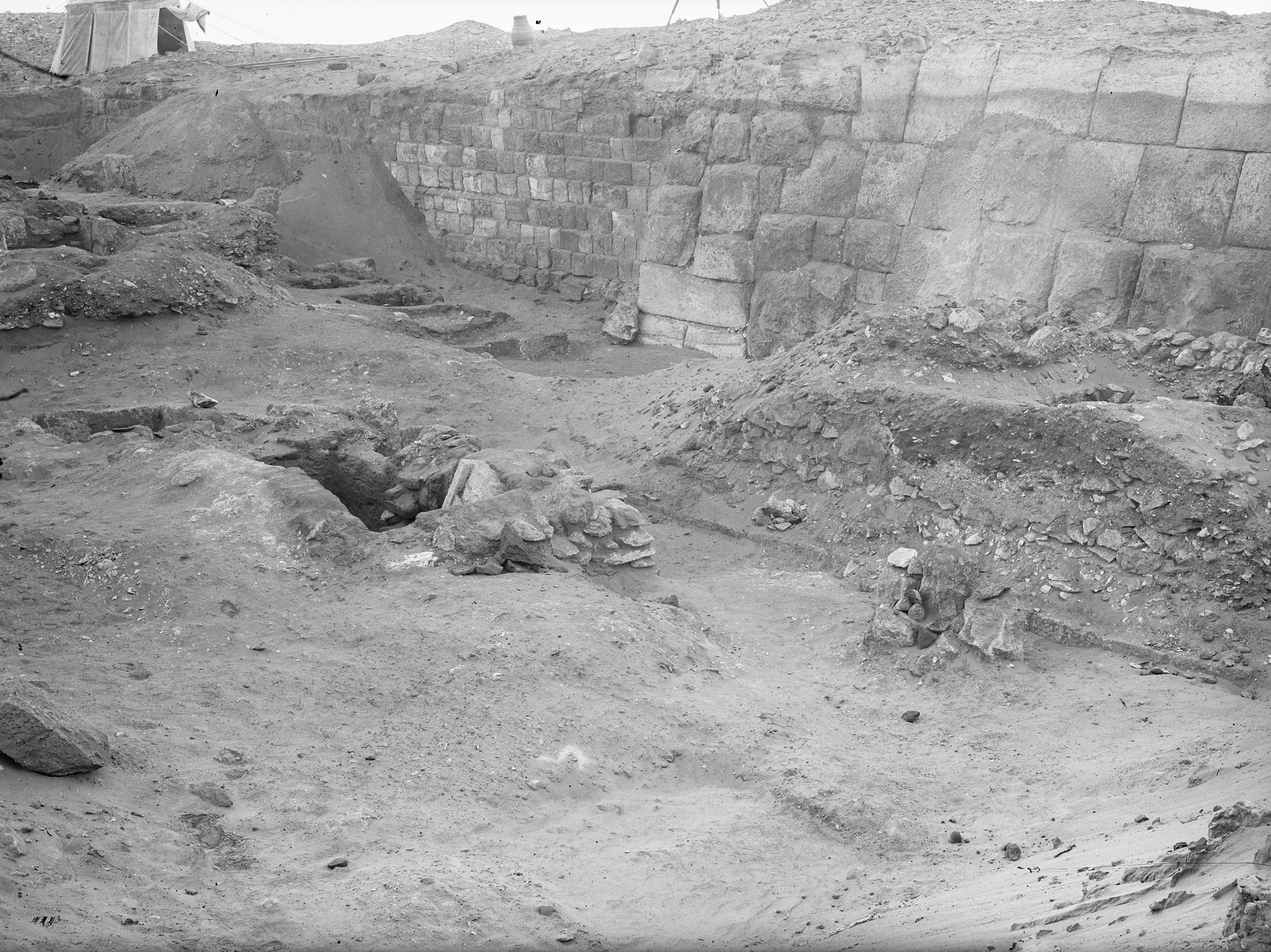Western Cemetery: Site: Giza; View: G 2100, G 2100-I, G 2017, G 2020, G 2021