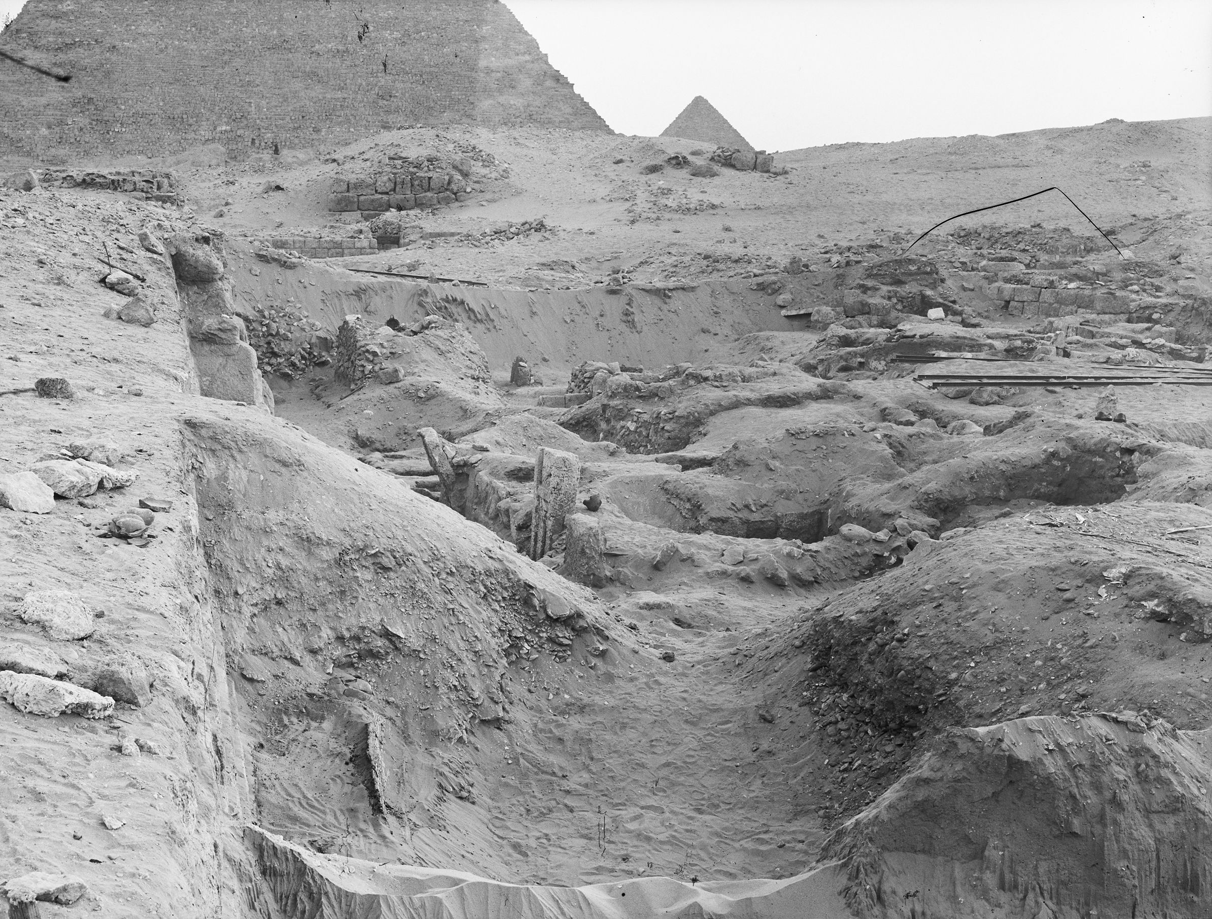 Western Cemetery: Site: Giza; View: G 2022, G 2041