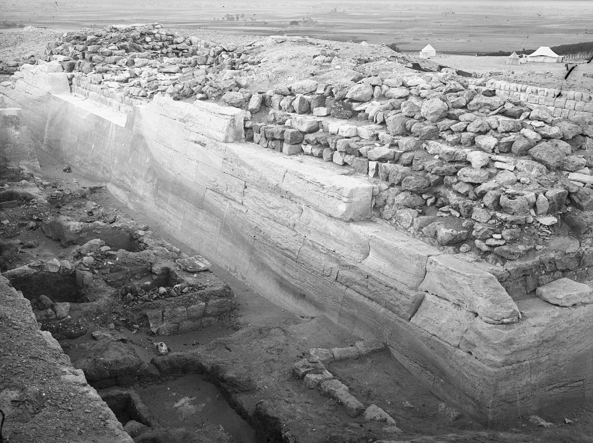 Western Cemetery: Site: Giza; View: G 2130, G 2105, G 2114