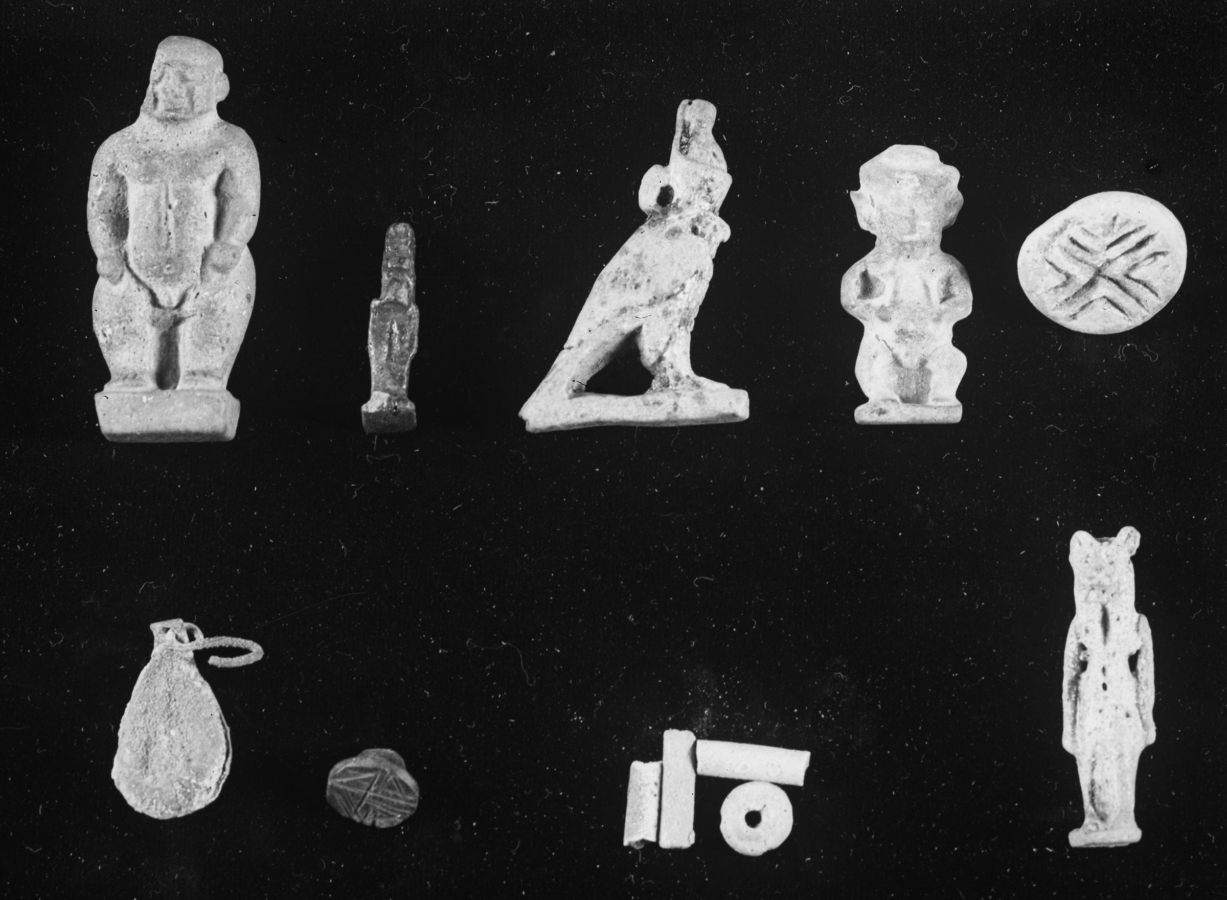 Object(s) photograph: Site: Giza; view: G 2382, G 2385, G 2410