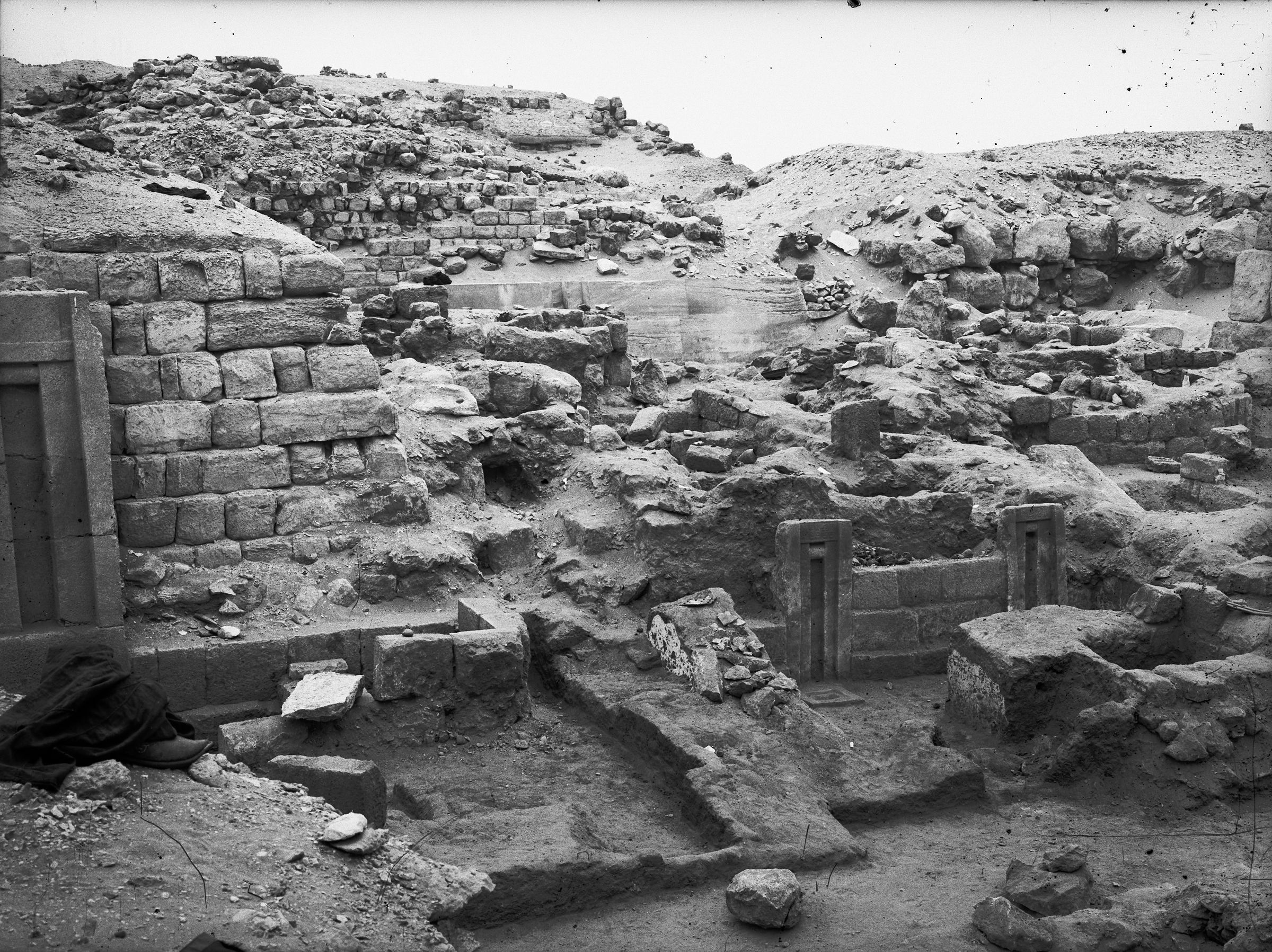Western Cemetery: Site: Giza; View: G 2150, G 2151
