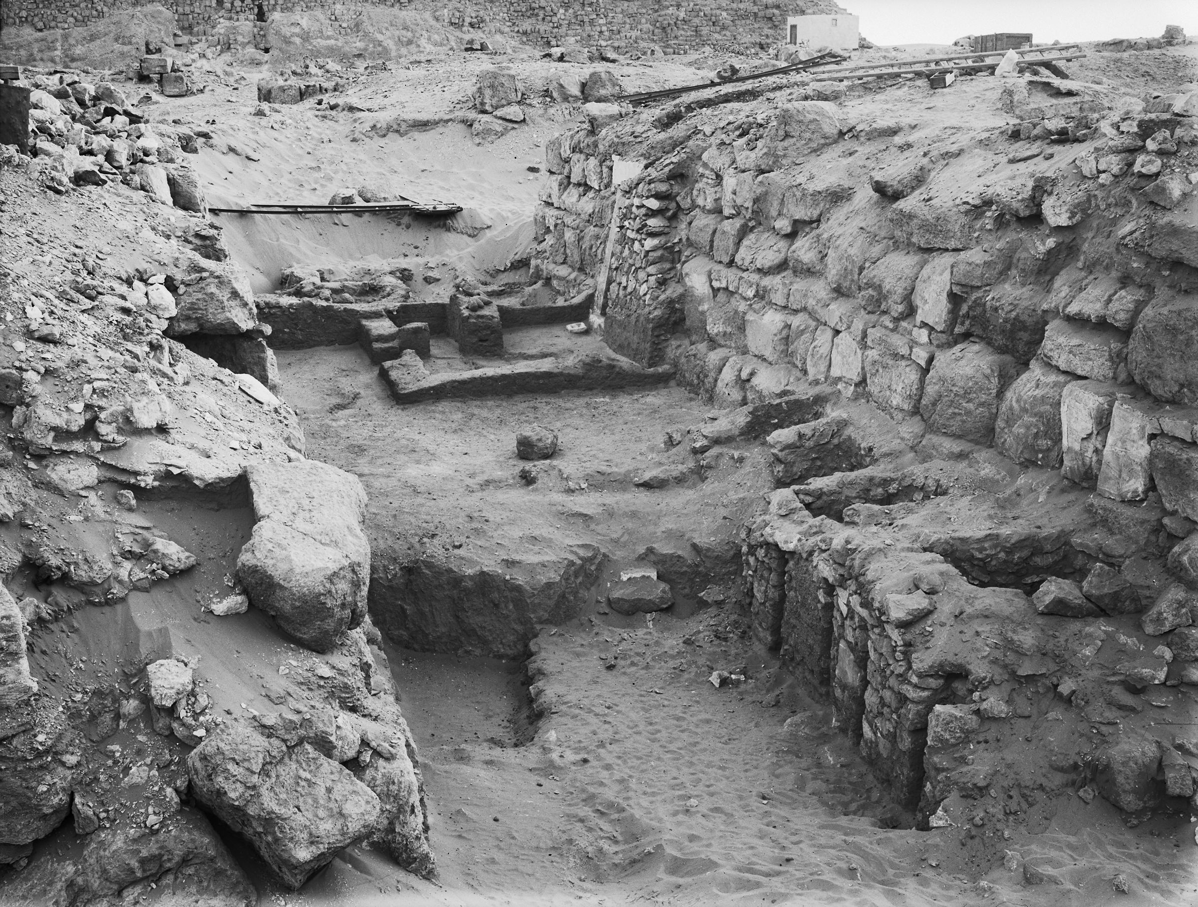 Western Cemetery: Site: Giza; View: G 4530, G 4430, G 4433
