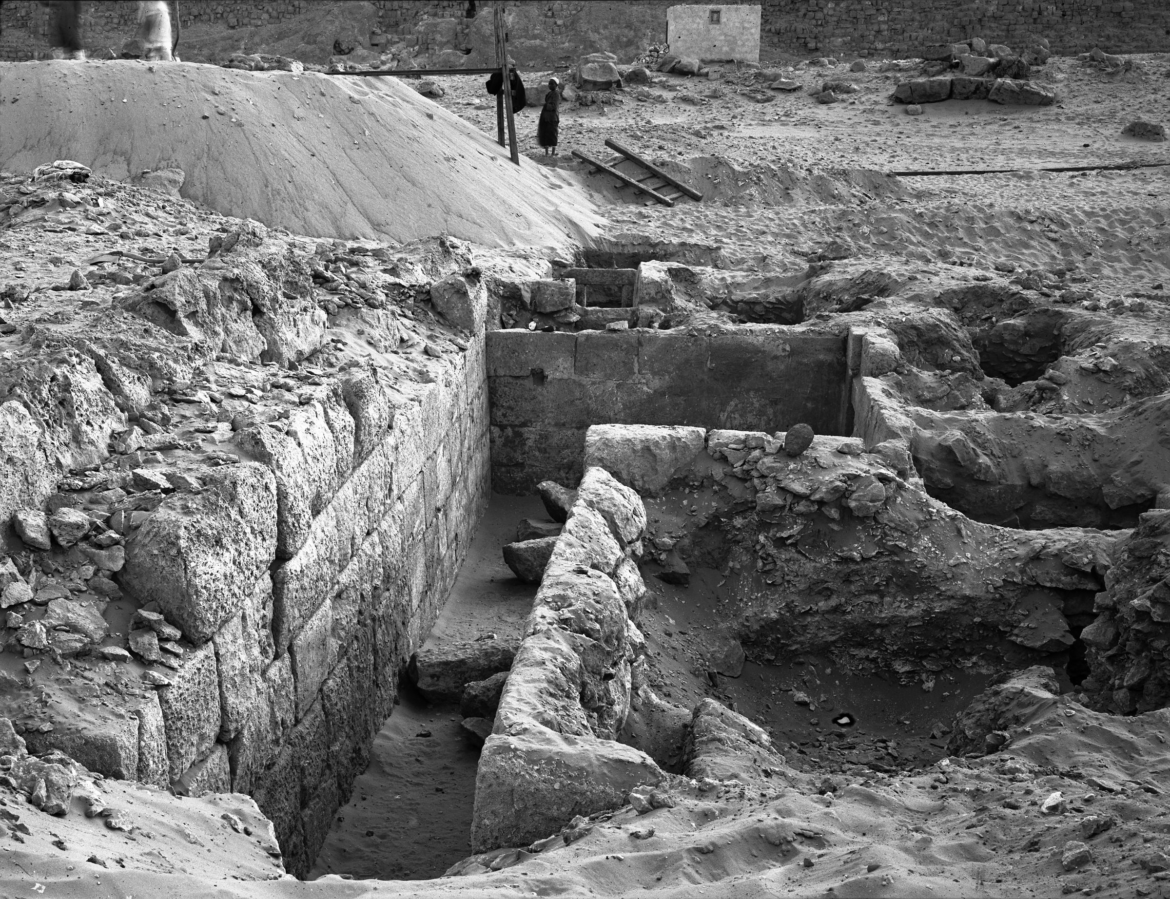 Western Cemetery: Site: Giza; View: G 4121