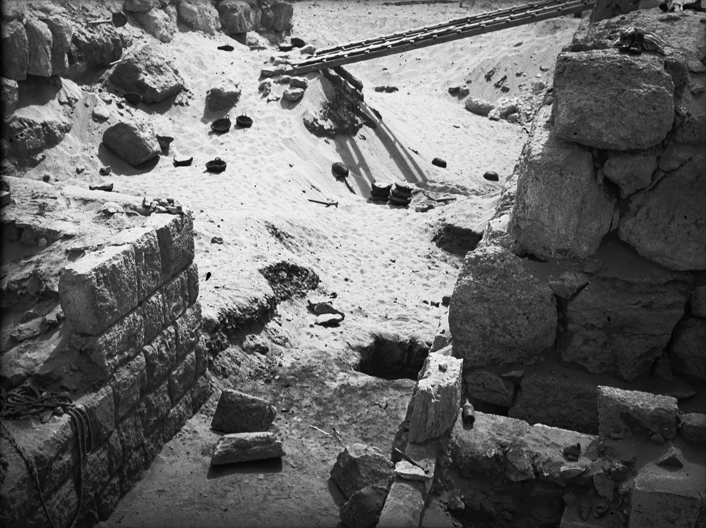 Western Cemetery: Site: Giza; View: G 4720, G 4733, G 4721