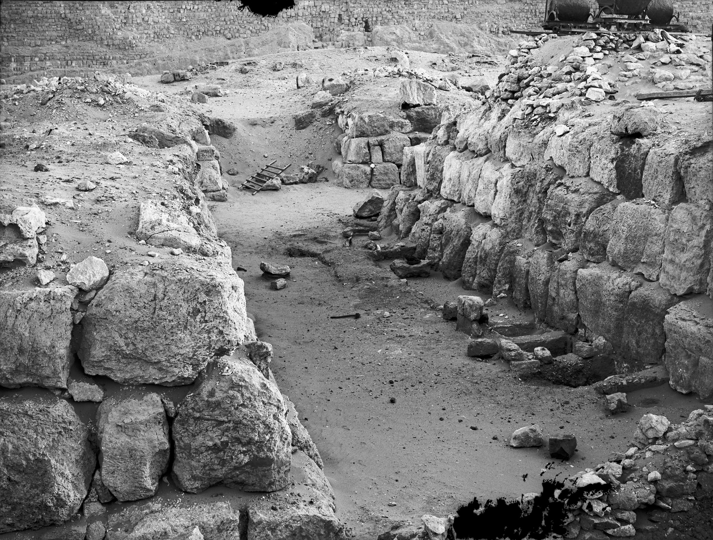 Western Cemetery: Site: Giza; View: G 4620, G 4720, G 4622