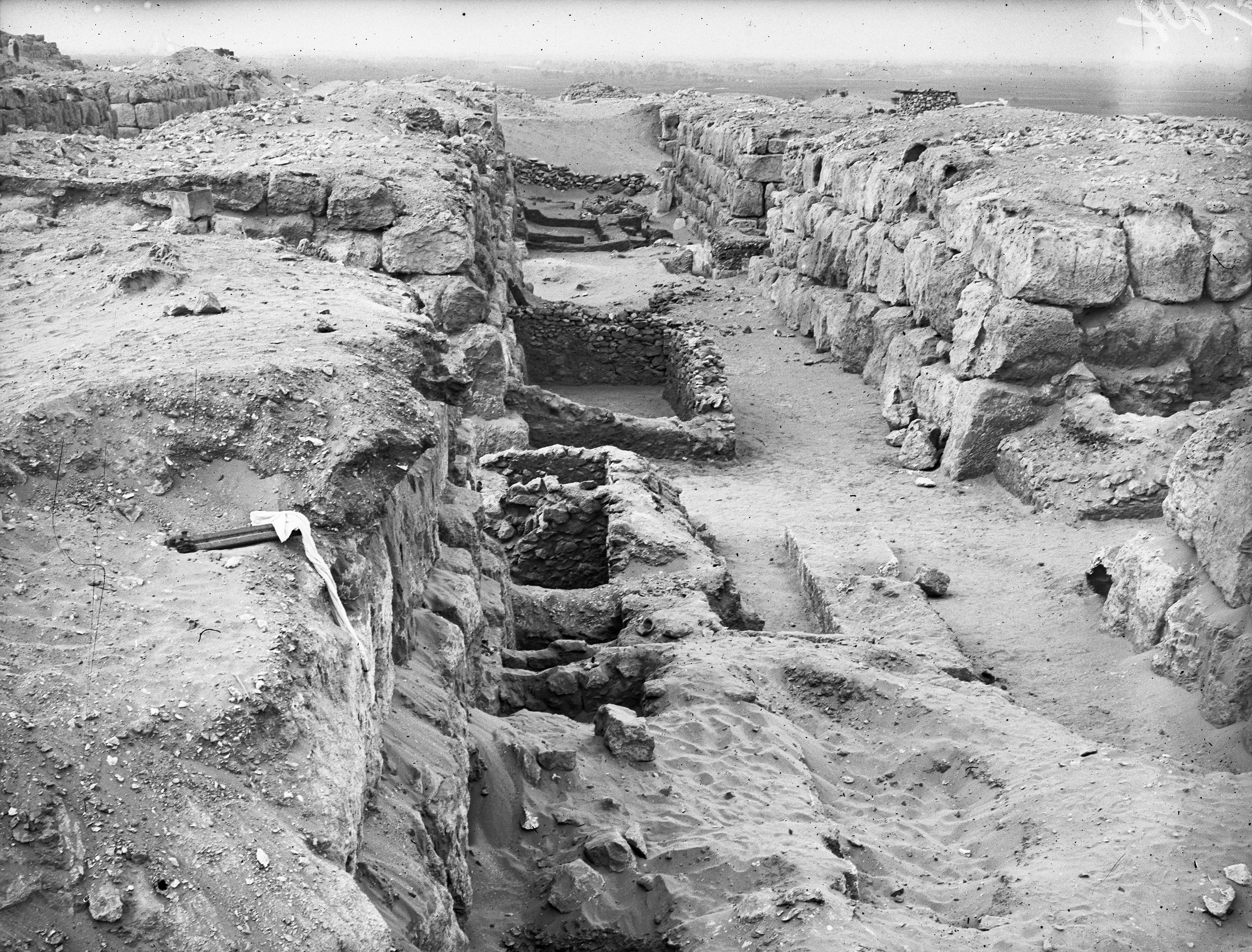 Western Cemetery: Site: Giza; View: G 4520, G 4530, G 4523