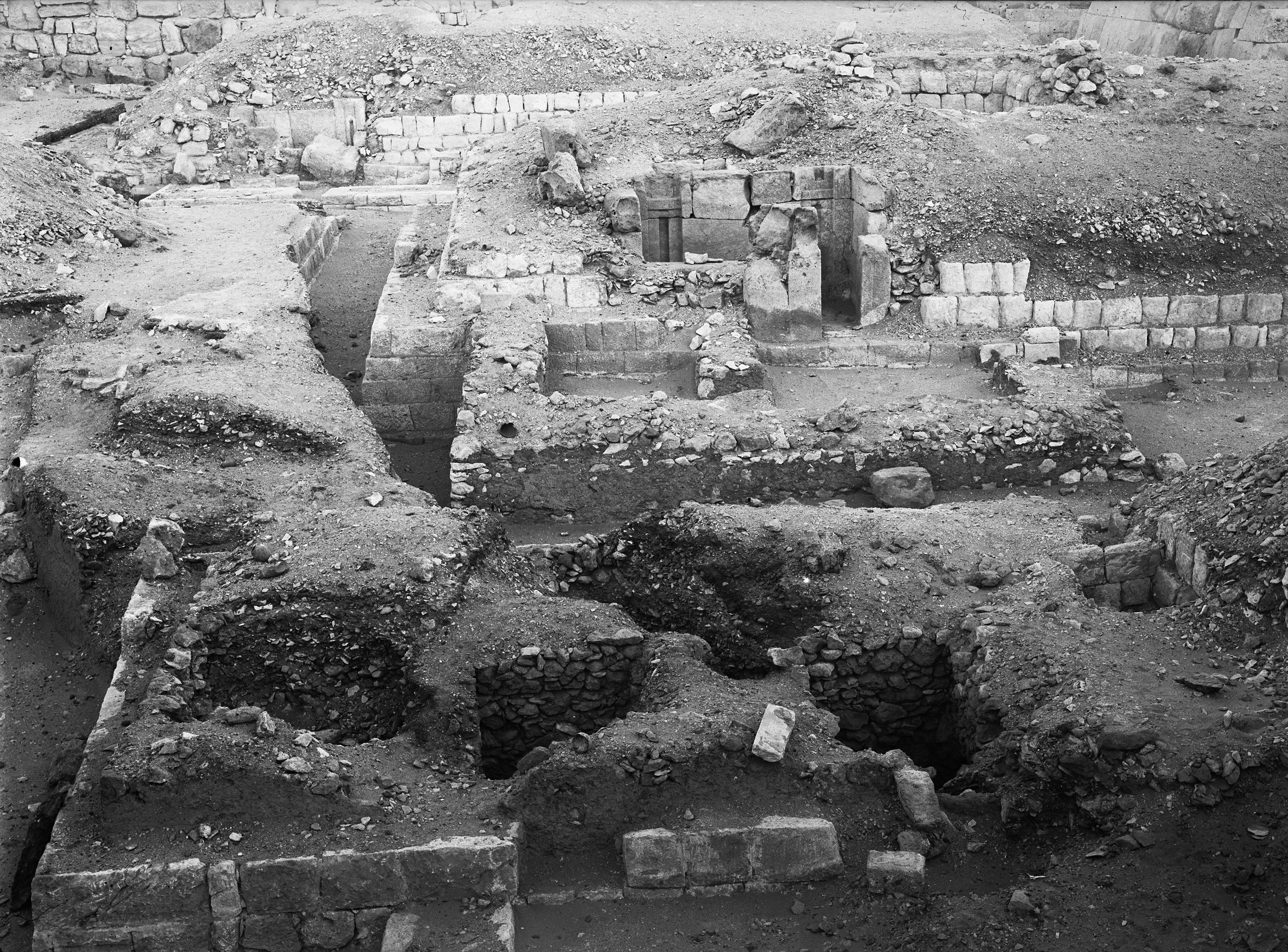 Western Cemetery: Site: Giza; View: G 5030, G 5131, G 4930