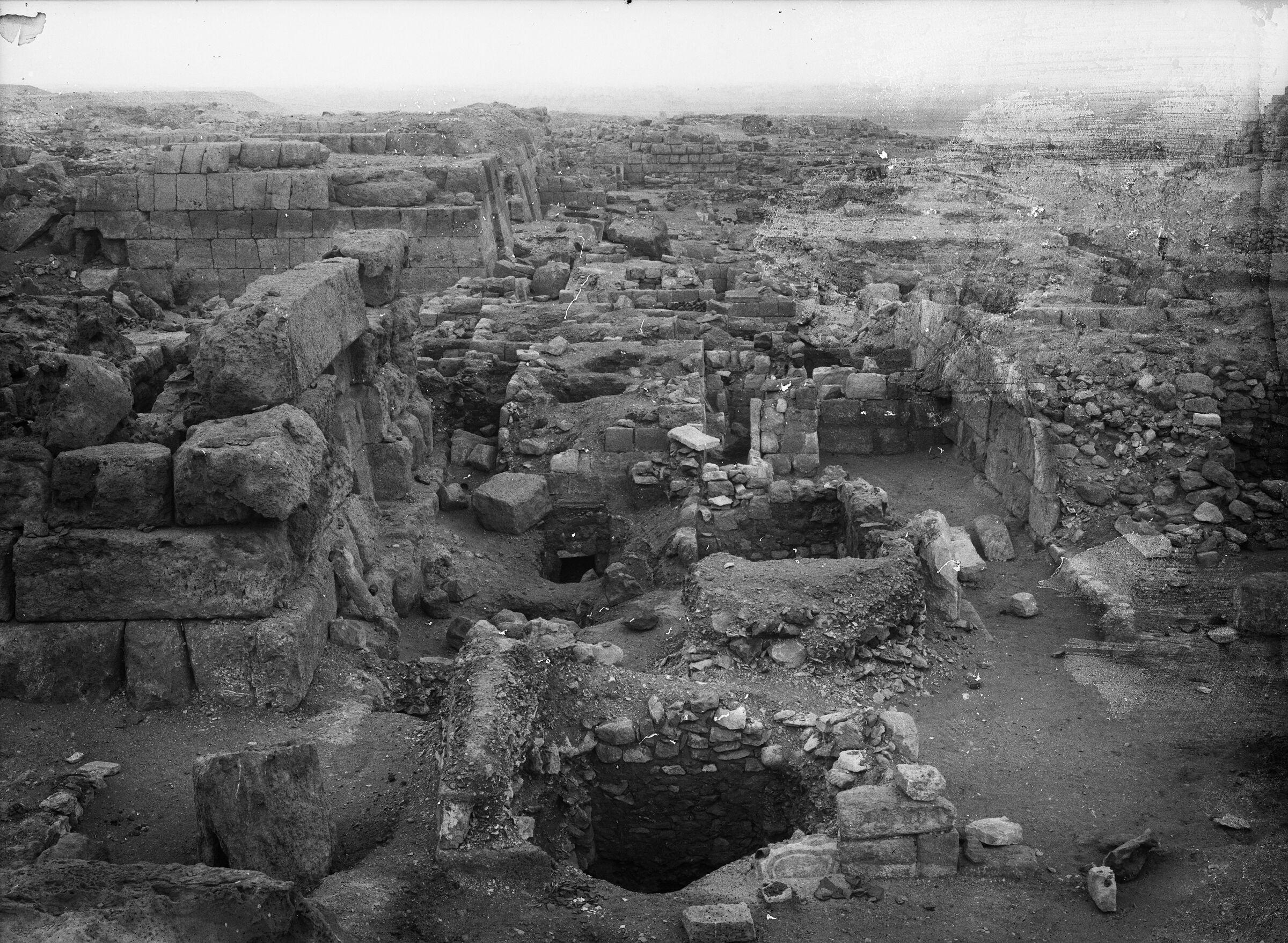 Western Cemetery: Site: Giza; View: G 5230, G 5222, G 5221, G 5228, G 5229, G 5232, G 5233, G 5330