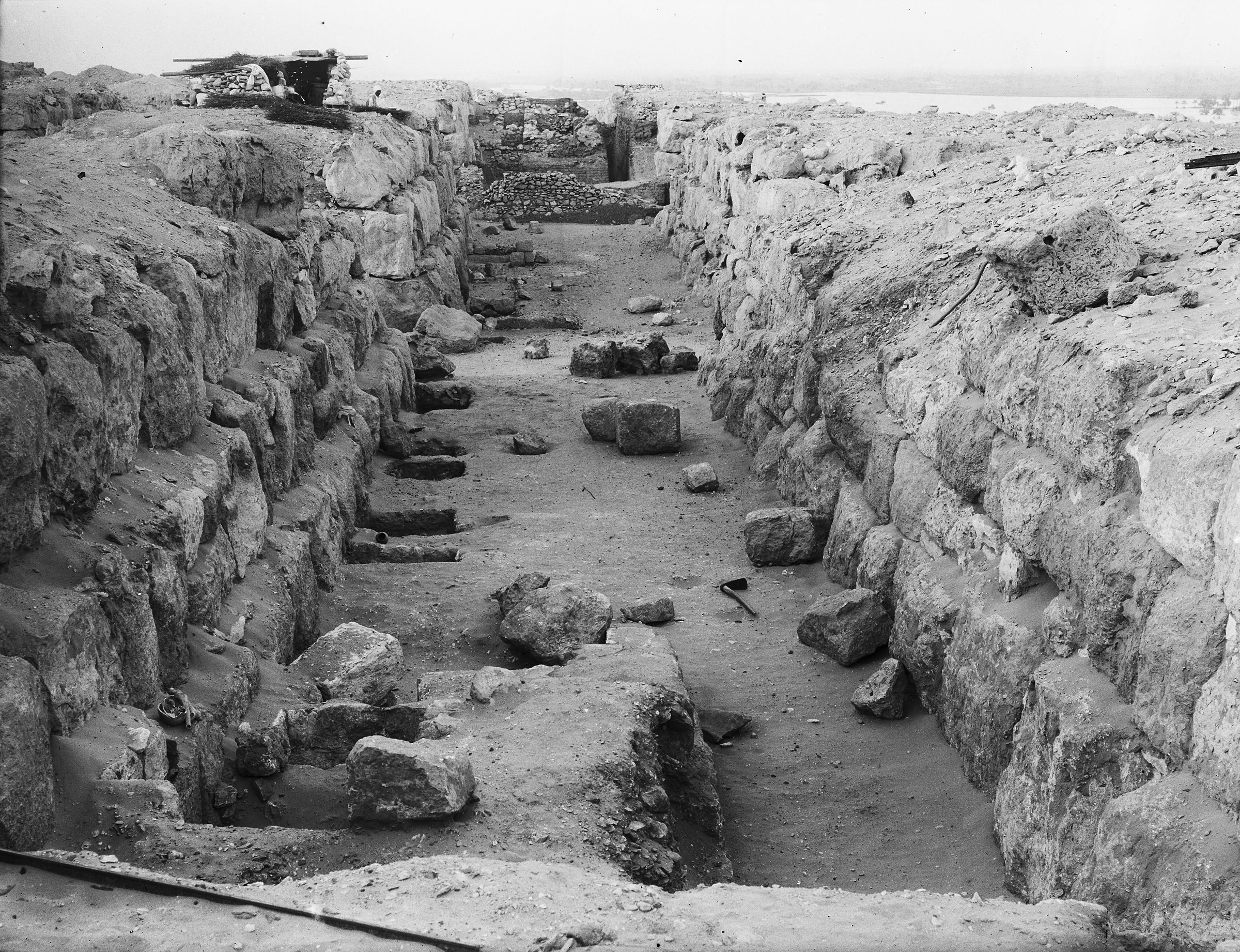 Western Cemetery: Site: Giza; View: G 4610, G 4612, G 4710