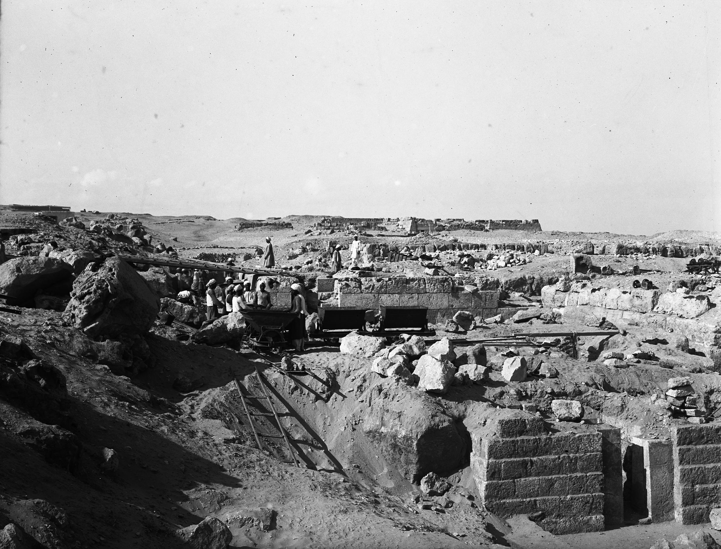 Western Cemetery: Site: Giza; View: G 4611, G 4714
