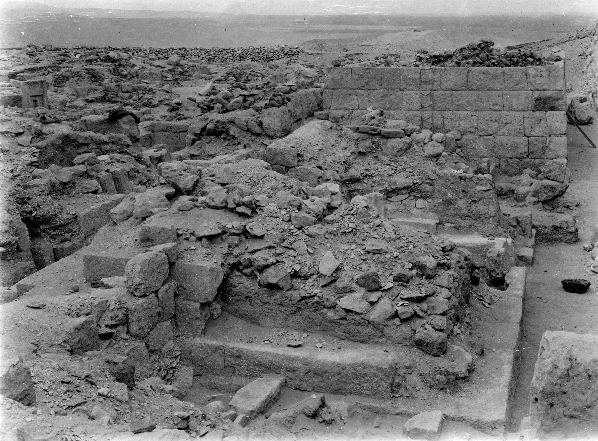 Western Cemetery: Site: Giza; View: G 1026, G 1027, G 1029