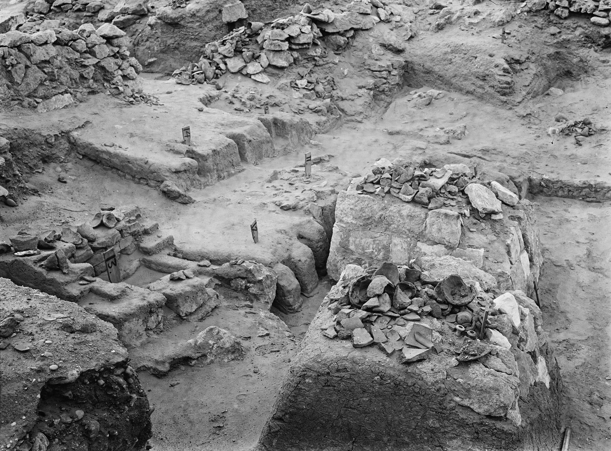 Wadi Cemetery (Reisner; north of W. Cem): Site: Giza; View: GW 6, GW 7, GW 9, GW 10, GW 11, GW 12, GW 13, GW 14