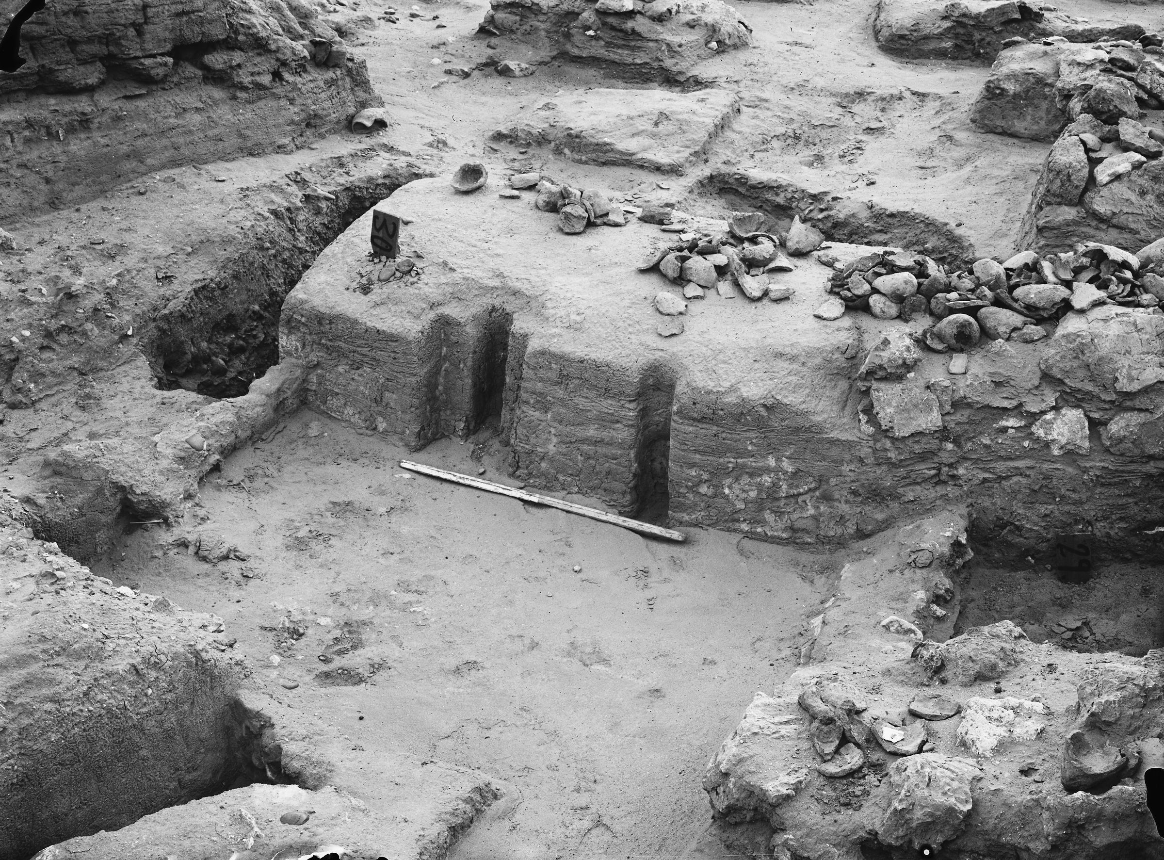 Wadi Cemetery (Reisner; north of W. Cem): Site: Giza; View: GW 20, GW 27, GW 29, GW 30, GW 31, GW 46, GW 47, GW 48, GW 49