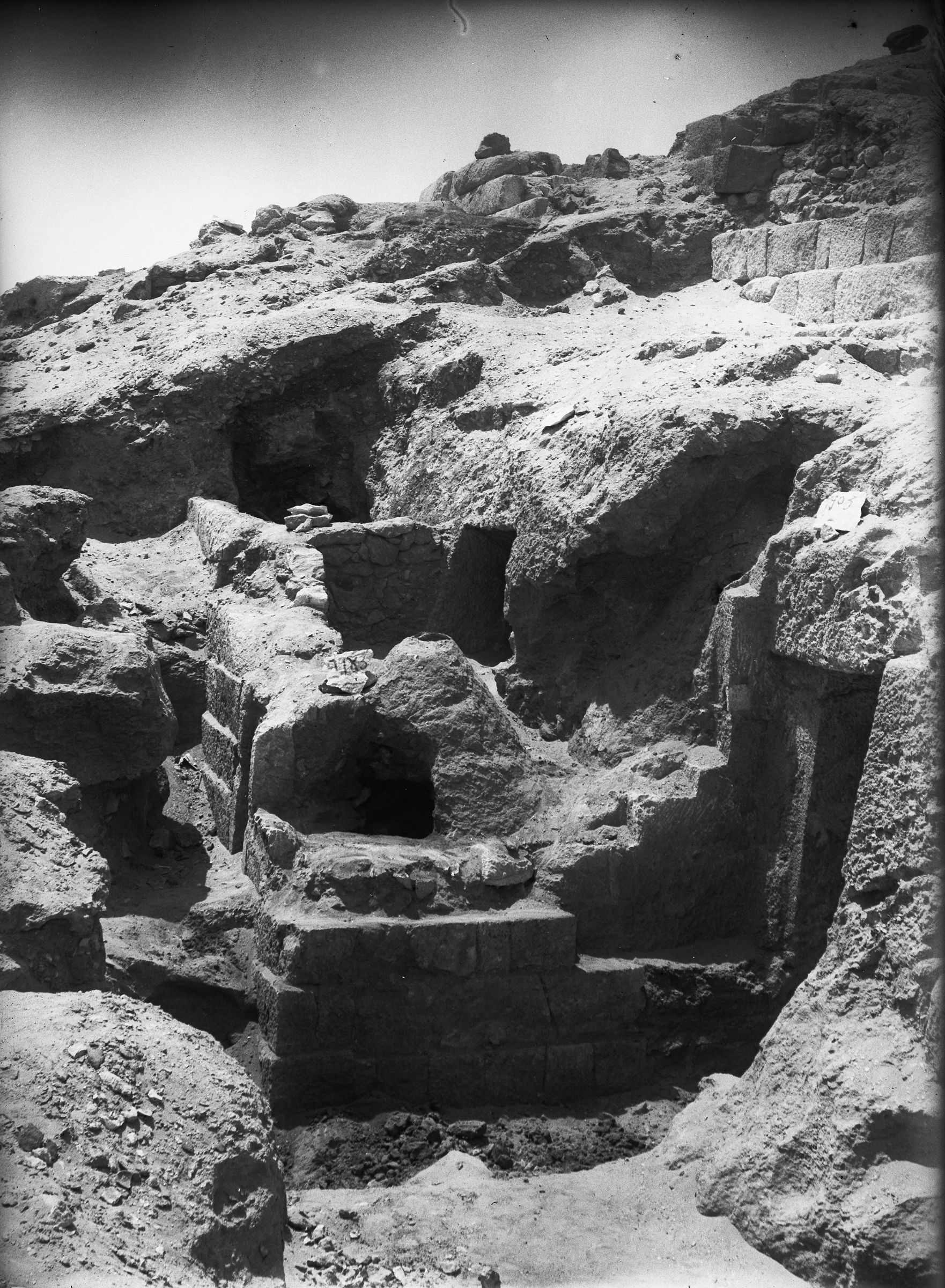 Eastern Cemetery: Site: Giza; View: G 7903, G 7783