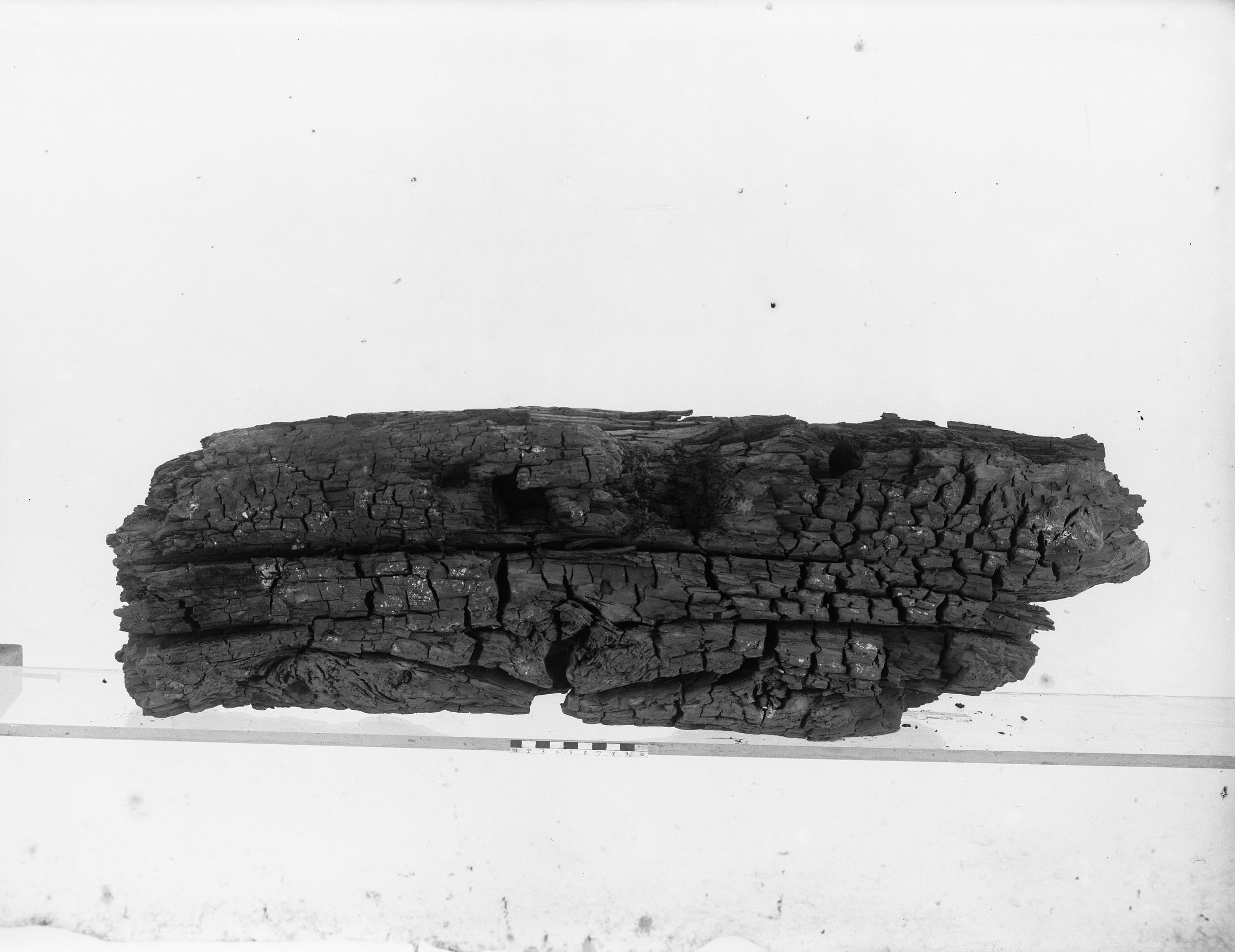 Object(s) photograph: Site: Giza; view: G 7143