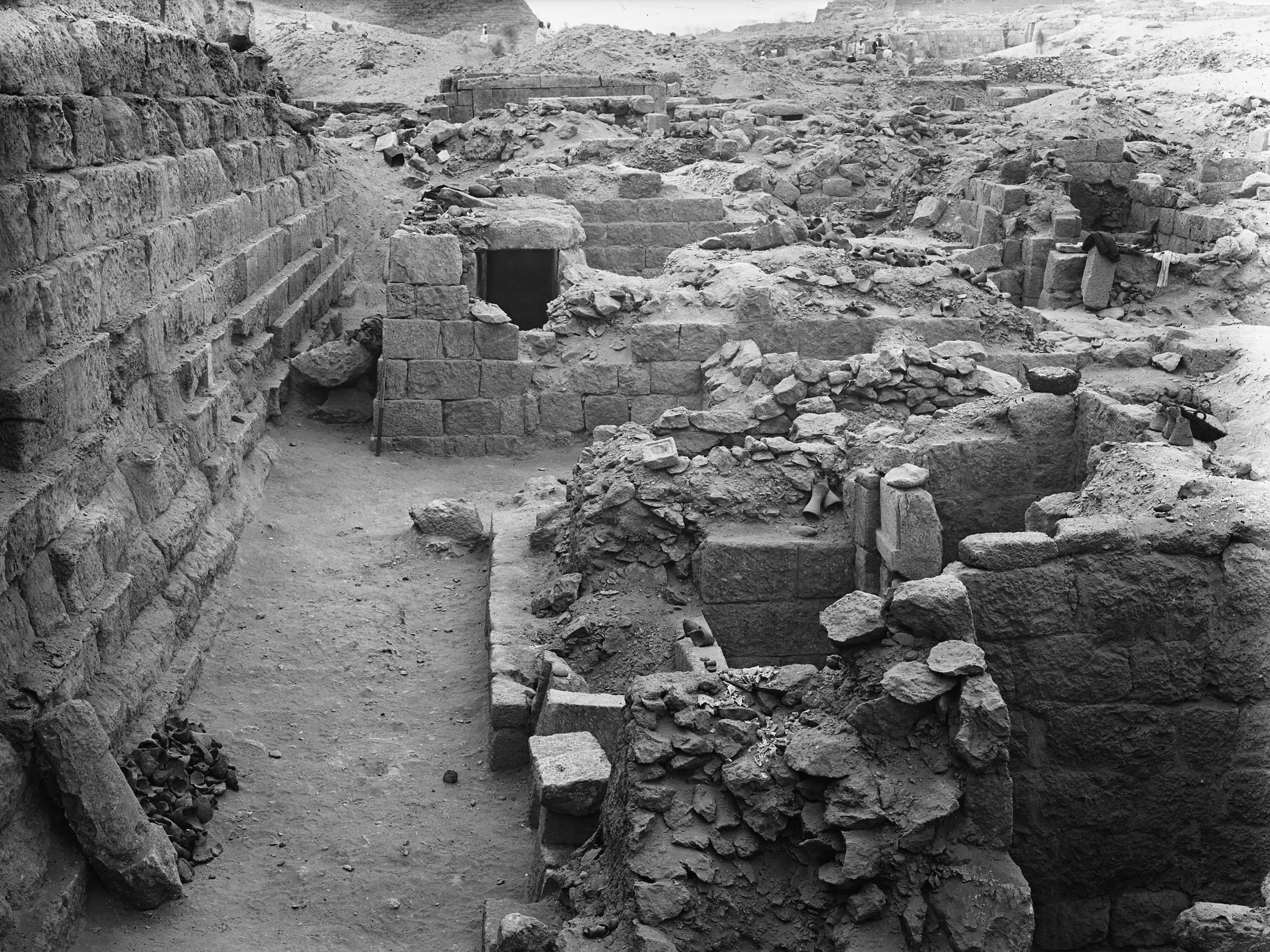 Western Cemetery: Site: Giza; View: G 1026, G 1027
