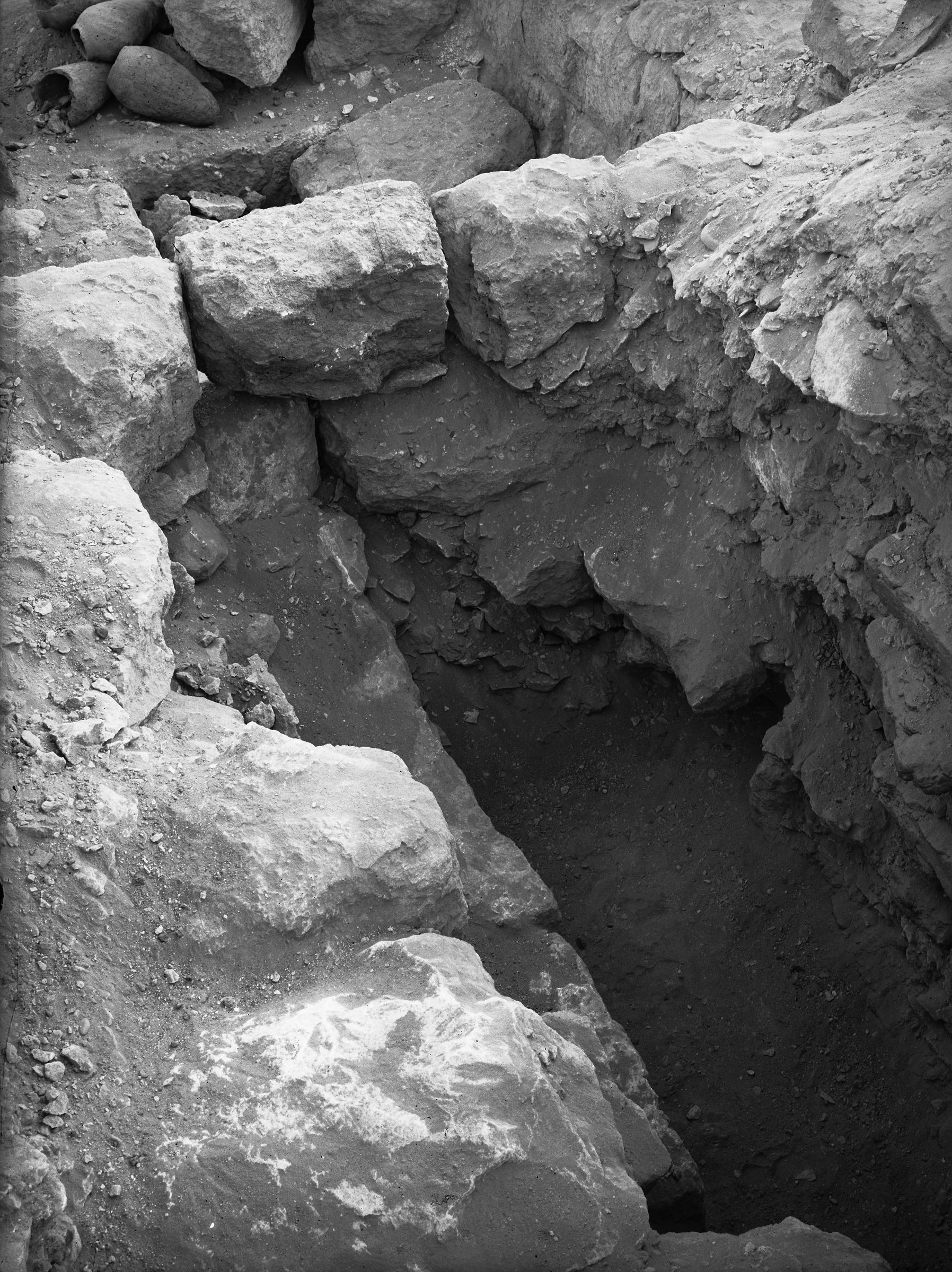 Western Cemetery: Site: Giza; View: G 1031, G 1042