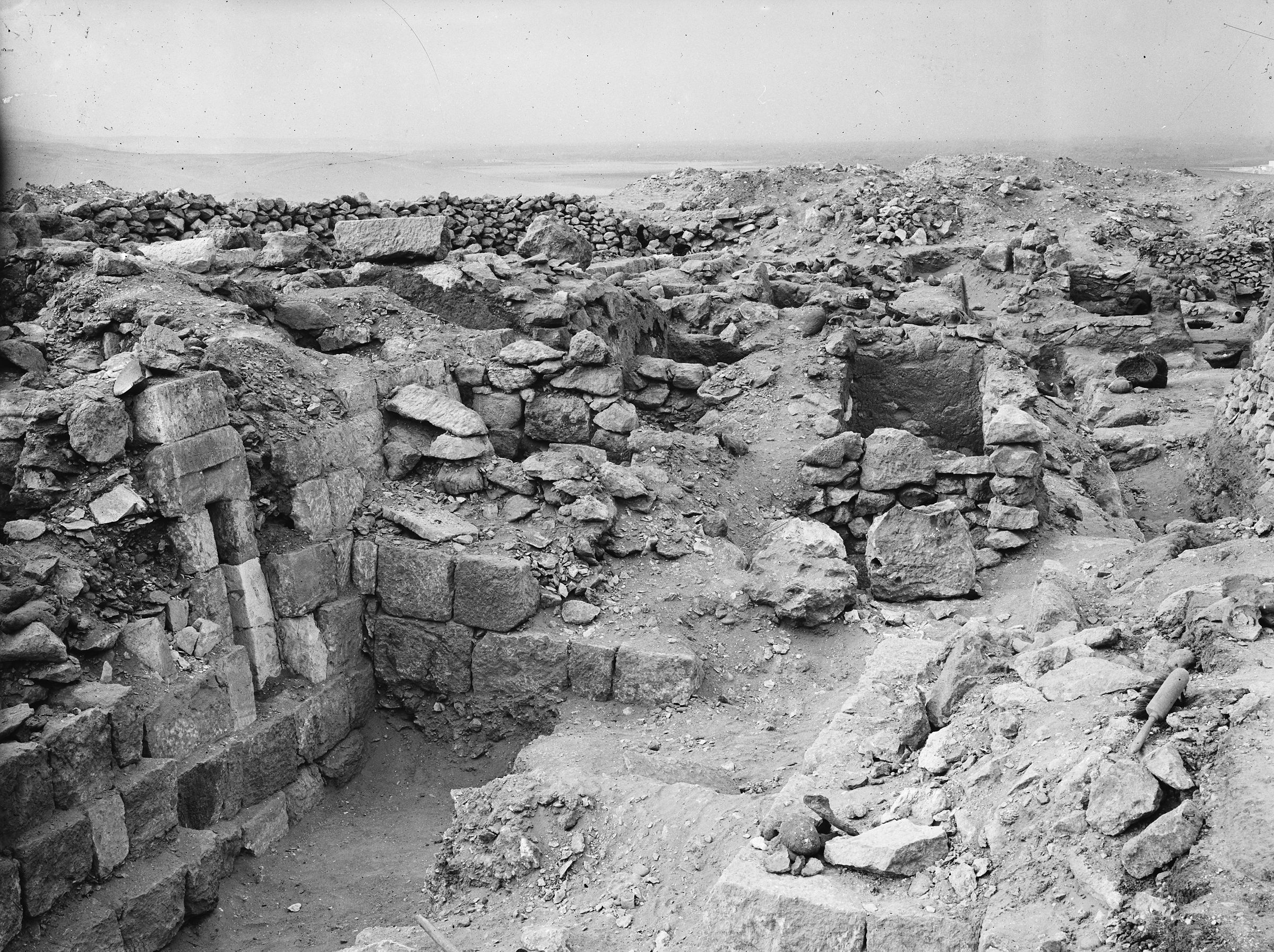 Western Cemetery: Site: Giza; View: G 1066, G 1038