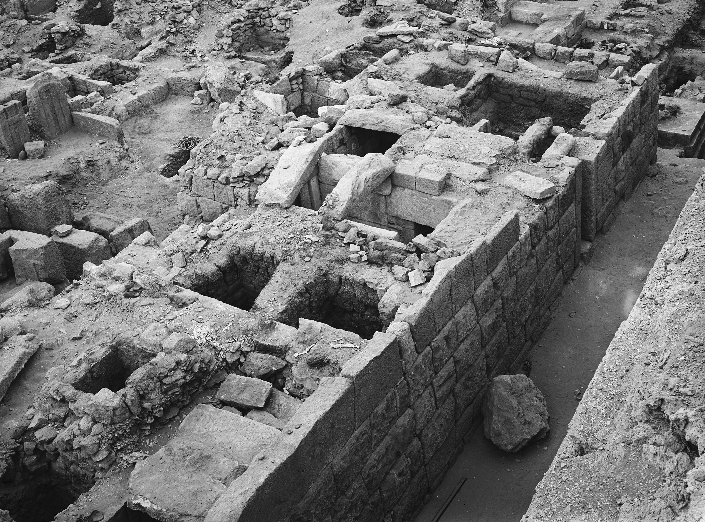 Western Cemetery: Site: Giza; View: G 1047, G 1029