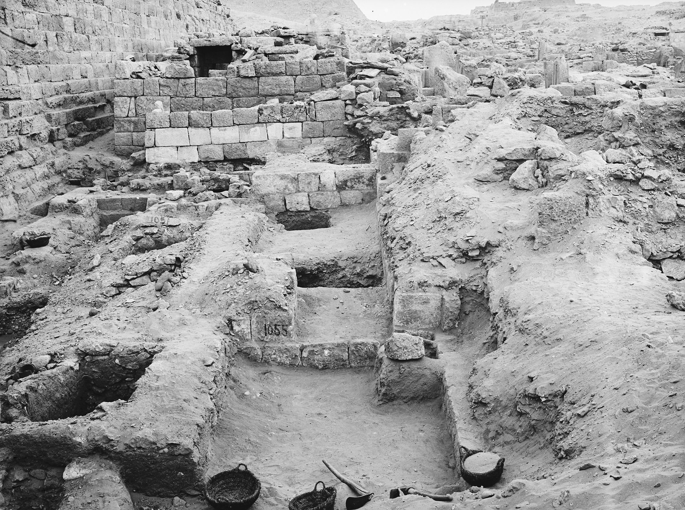 Western Cemetery: Site: Giza; View: G 1051, G 1055, G 1047