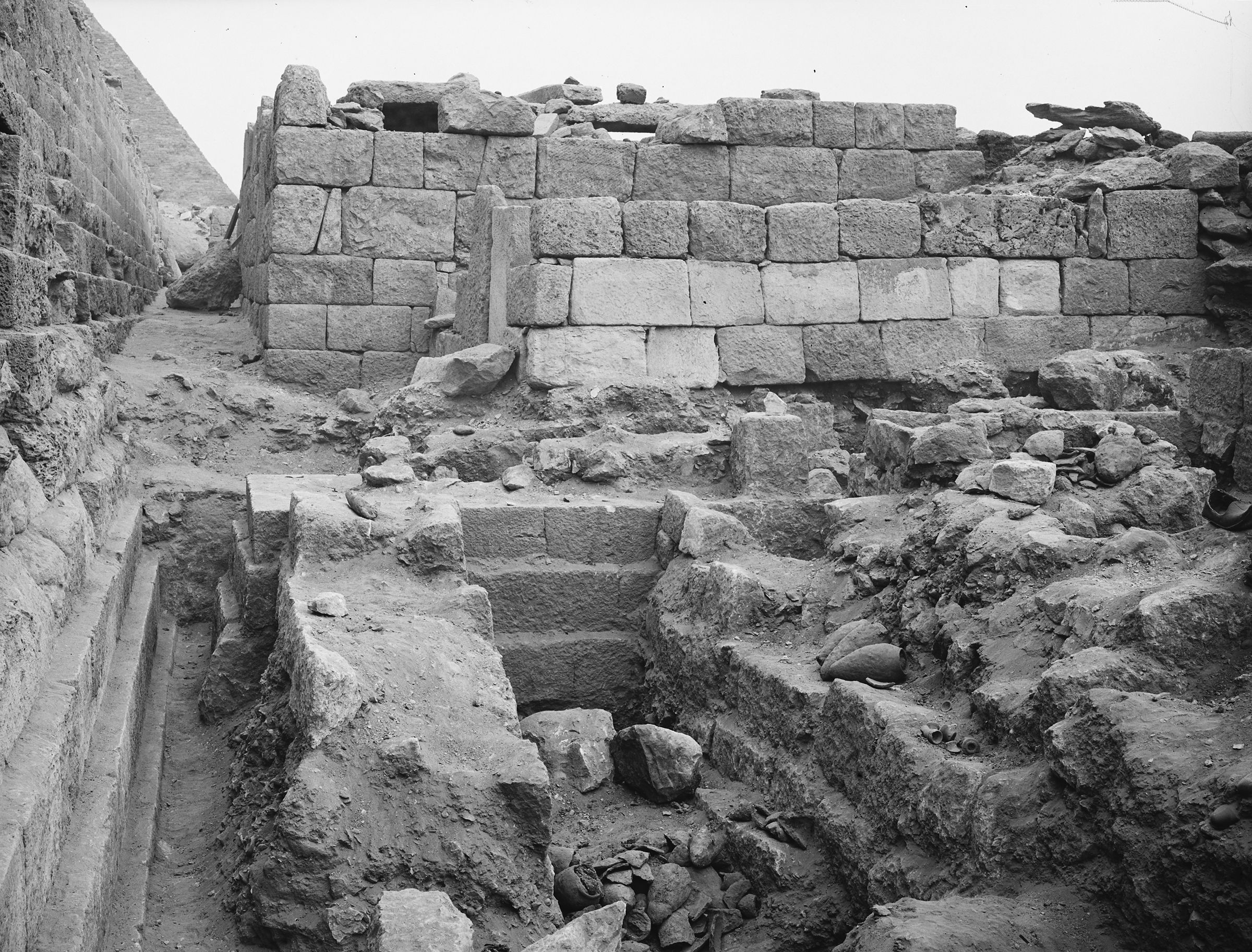Western Cemetery: Site: Giza; View: G 1047, G 1048, G 1049, G 1050, G 1085
