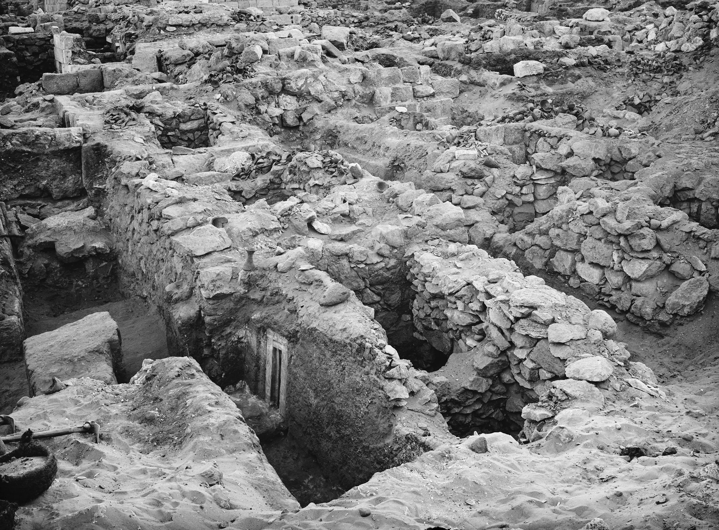 Western Cemetery: Site: Giza; View: G 1123, G 1122, G 1121, G 1124, G 1119