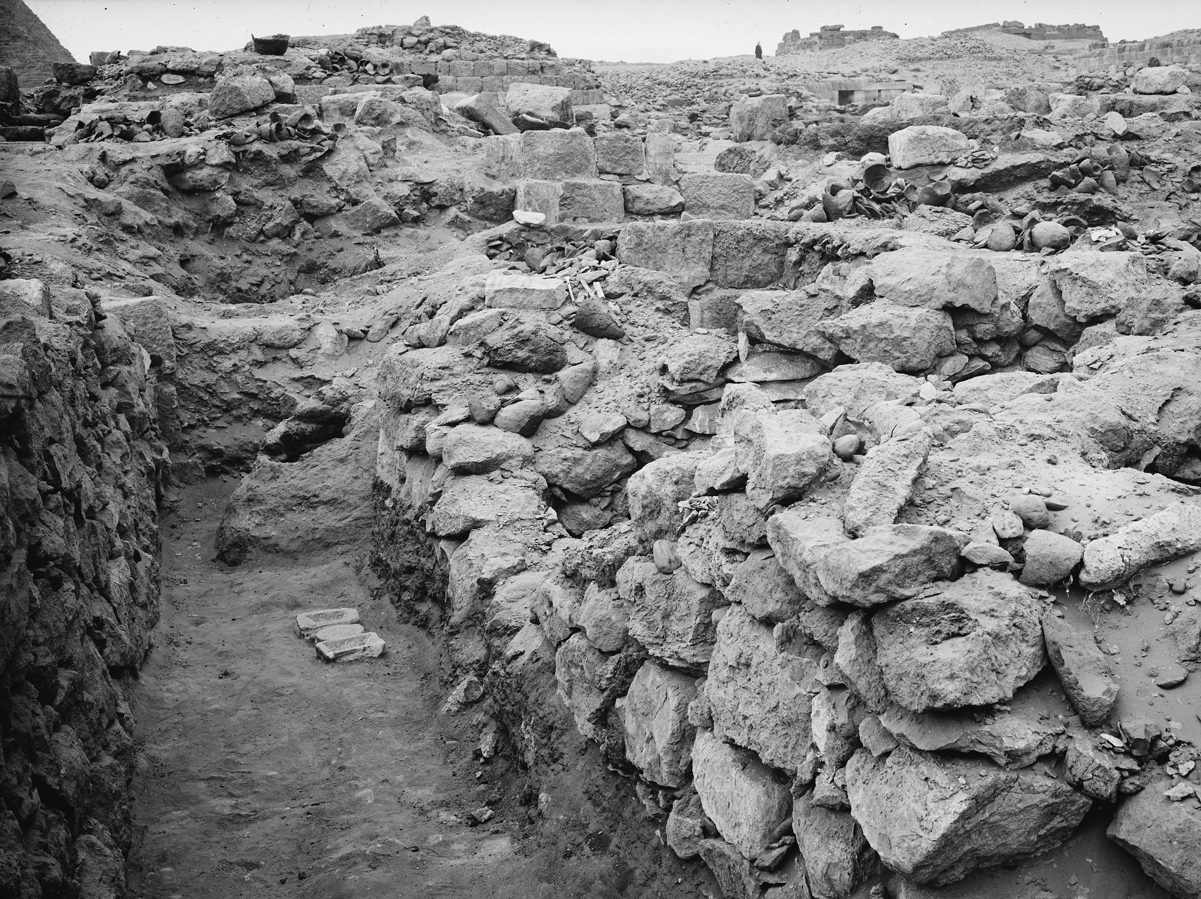 Western Cemetery: Site: Giza; View: G 1124