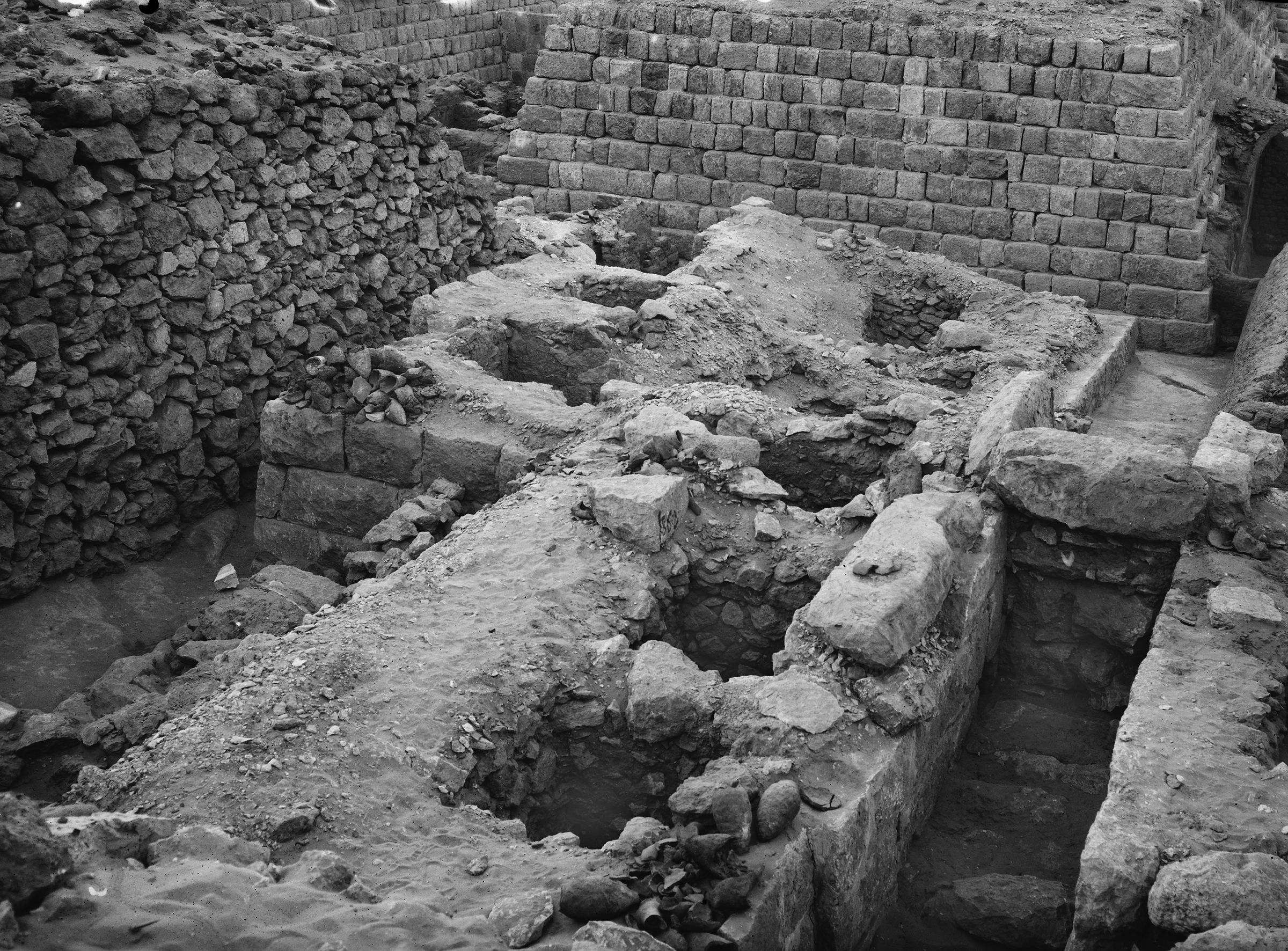 Western Cemetery: Site: Giza; View: G 1362, G 1360