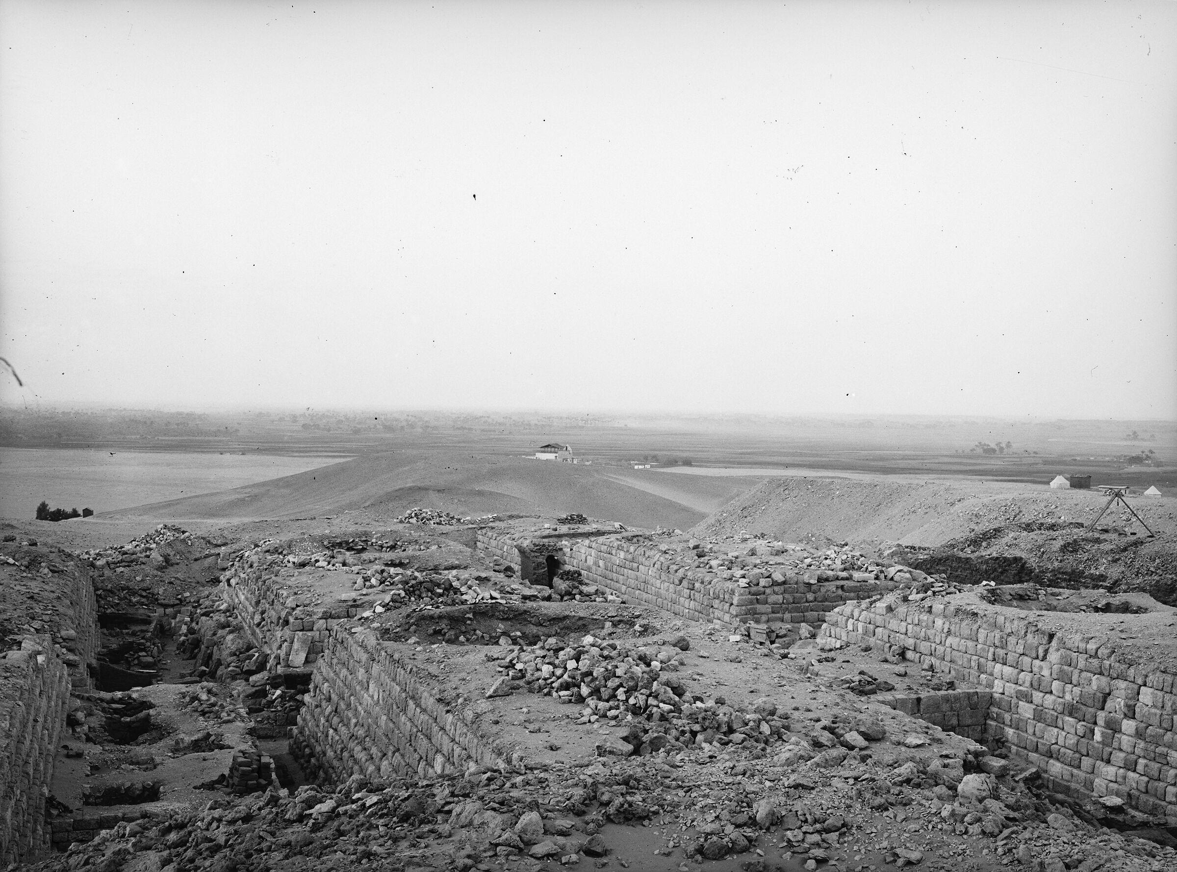 Western Cemetery: Site: Giza; View: G 1203, G 1223, G 1233, G 1205, G 1225, G 1207, G 1227, G 1206