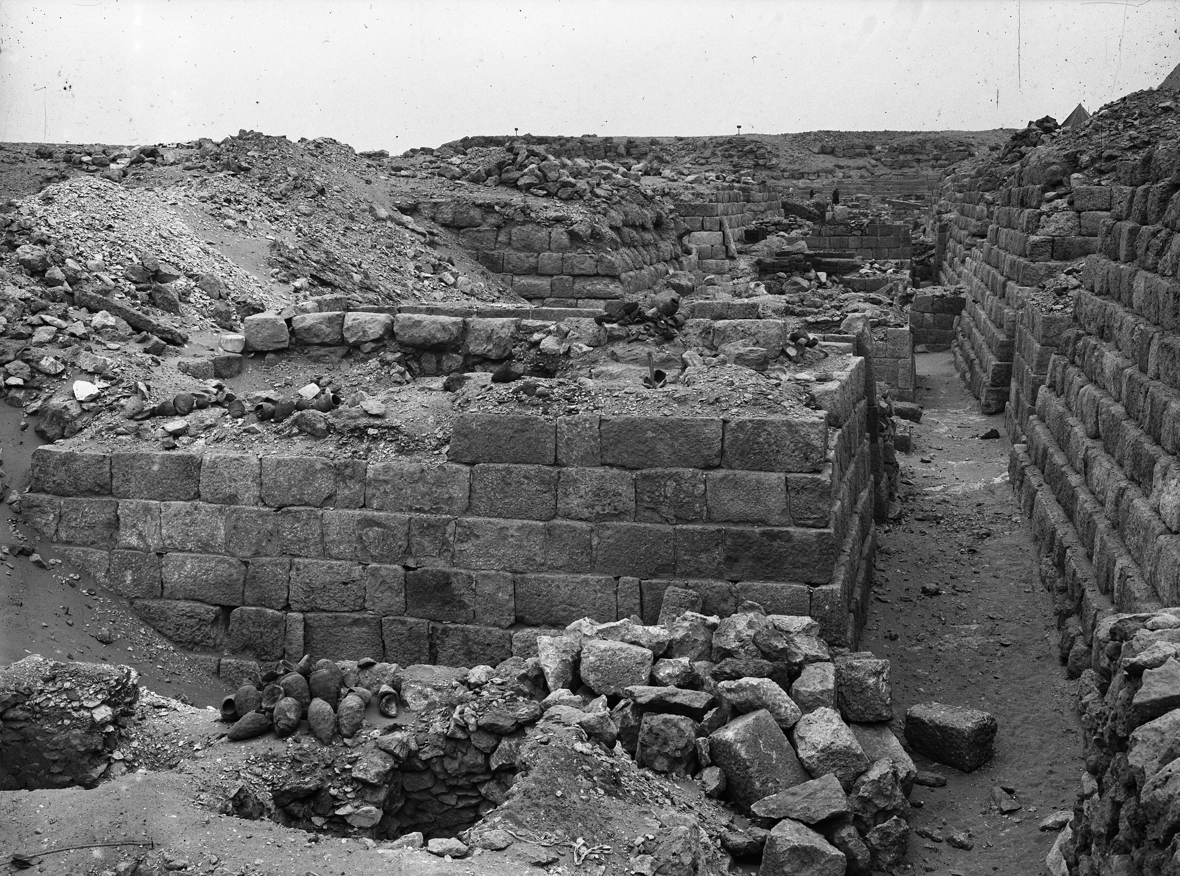 Western Cemetery: Site: Giza; View: G 1211, G 1401