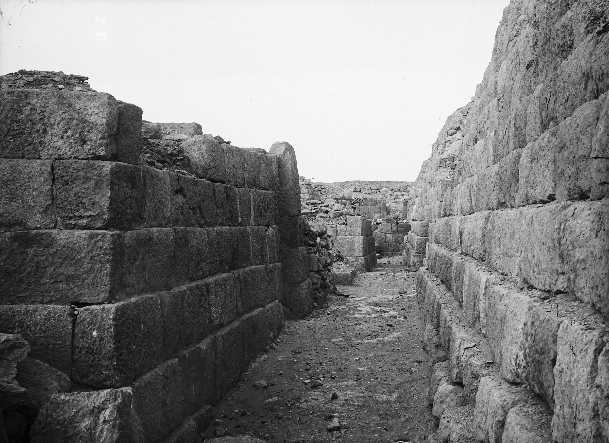 Western Cemetery: Site: Giza; View: G 1211, G 1209