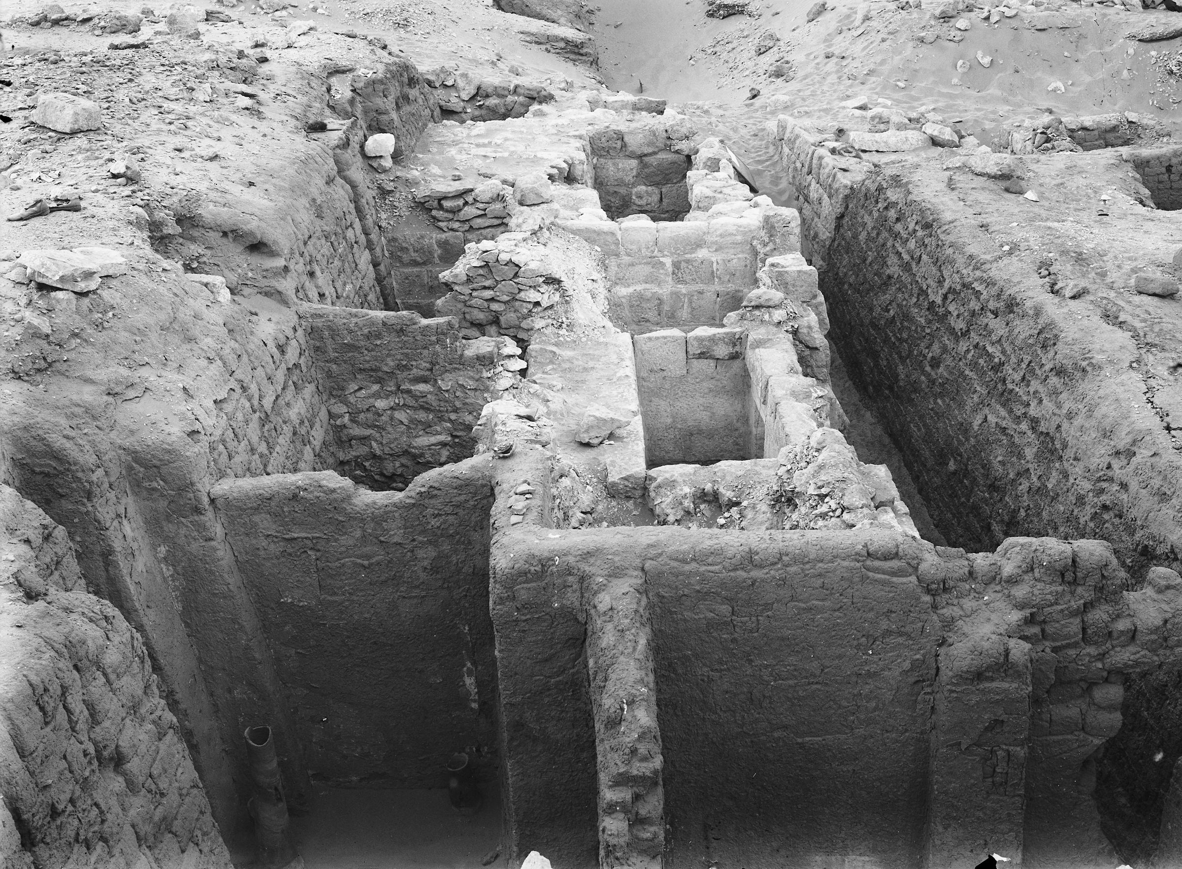 Western Cemetery: Site: Giza; View: G 1411, G 1413, G 1412