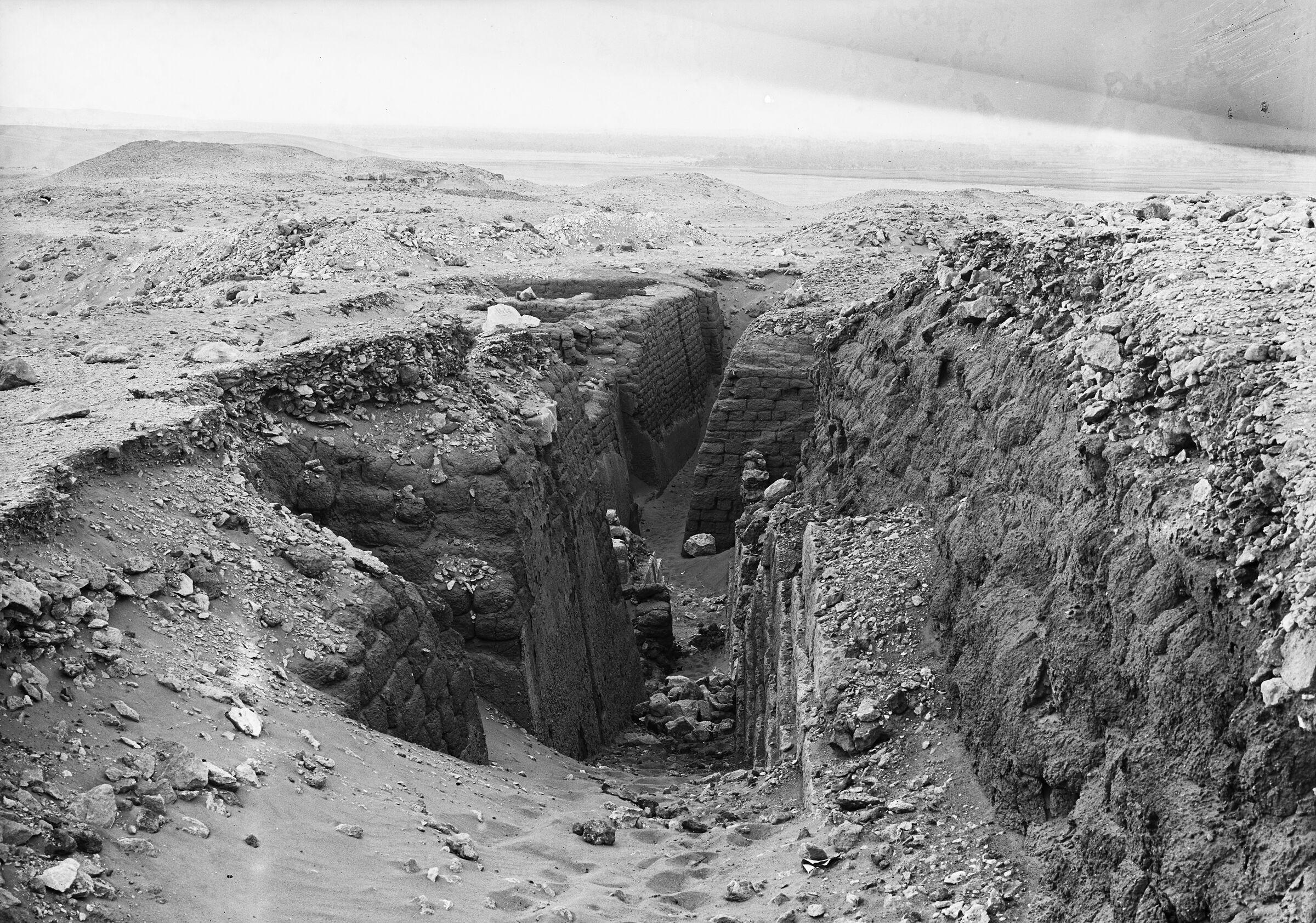 Western Cemetery: Site: Giza; View: G 1407, G 1457, G 1412, G 1452+1453, G 1451