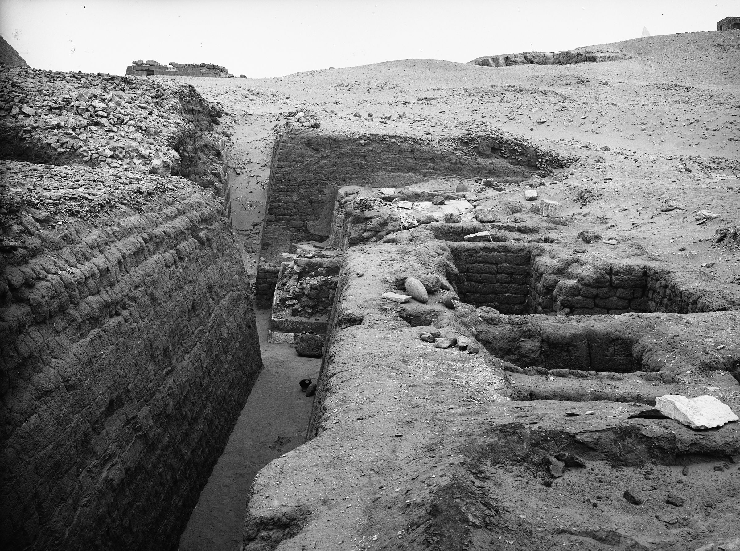 Western Cemetery: Site: Giza; View: G 1412, G 1452+1453, G 1407, G 1457