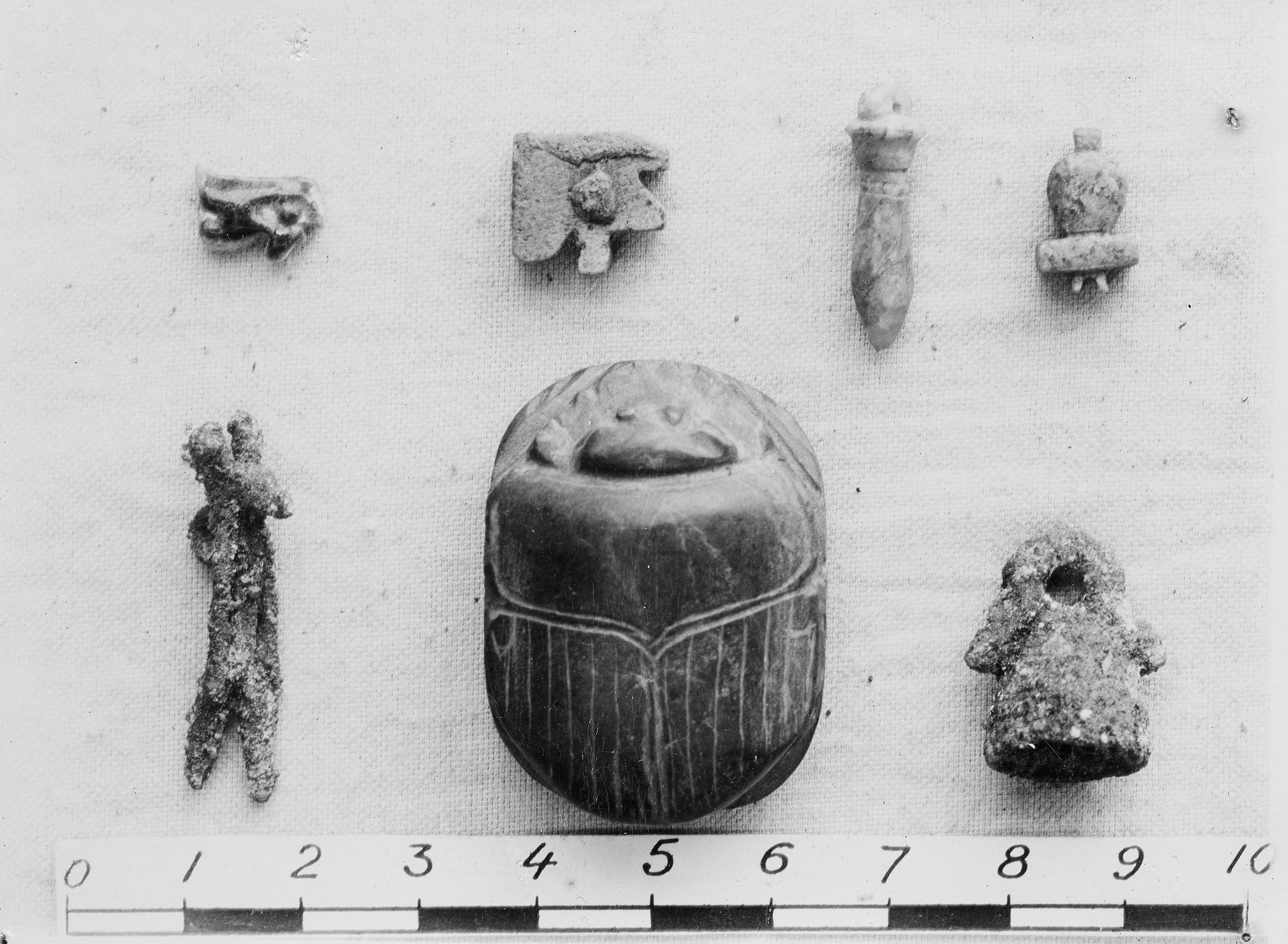 Object(s) photograph: Site: Giza; view: G 7753