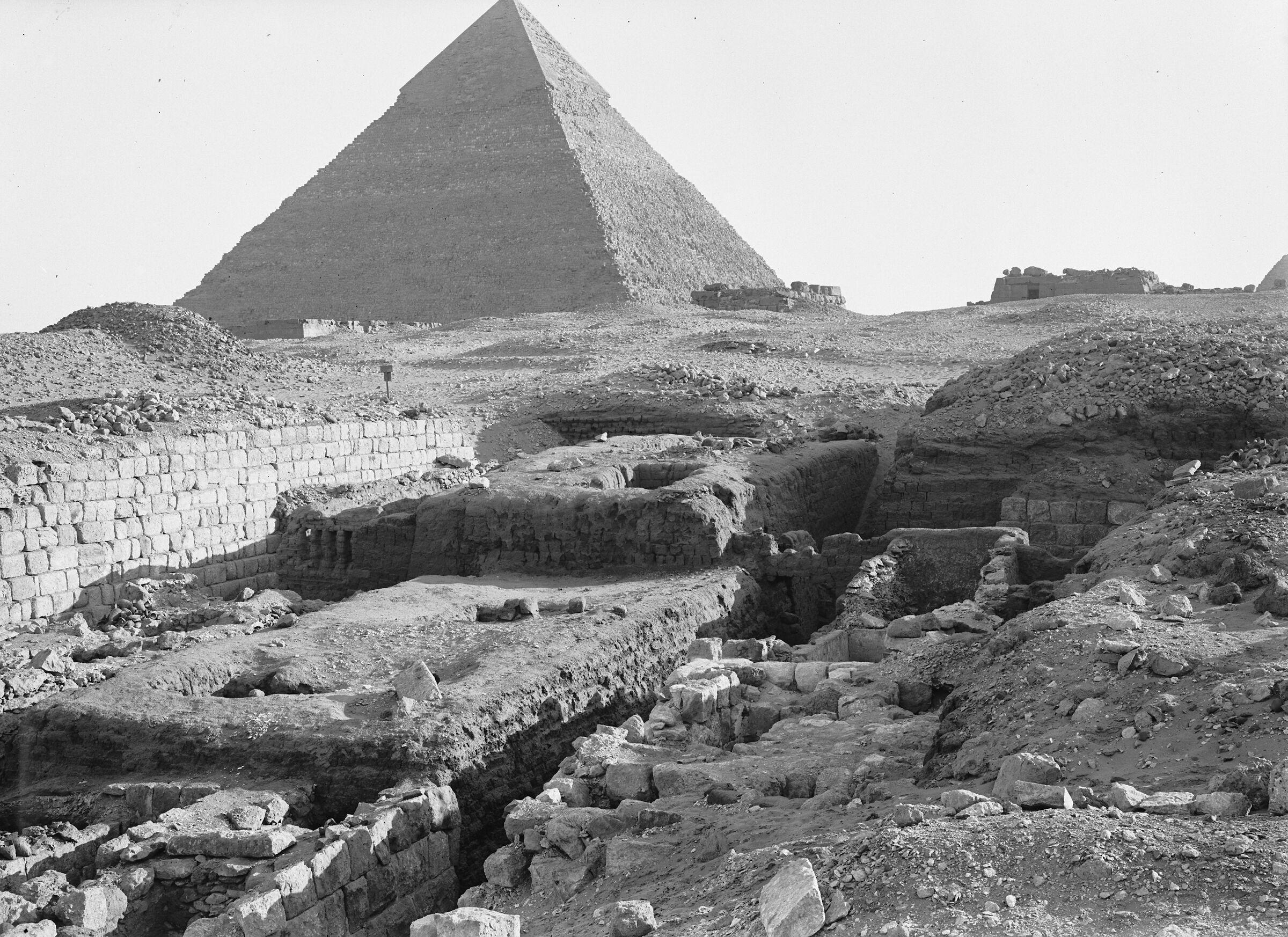 Western Cemetery: Site: Giza; View: G 1404, G 1406, G 1413, G 1411, G 1412, G 1403, G 1209