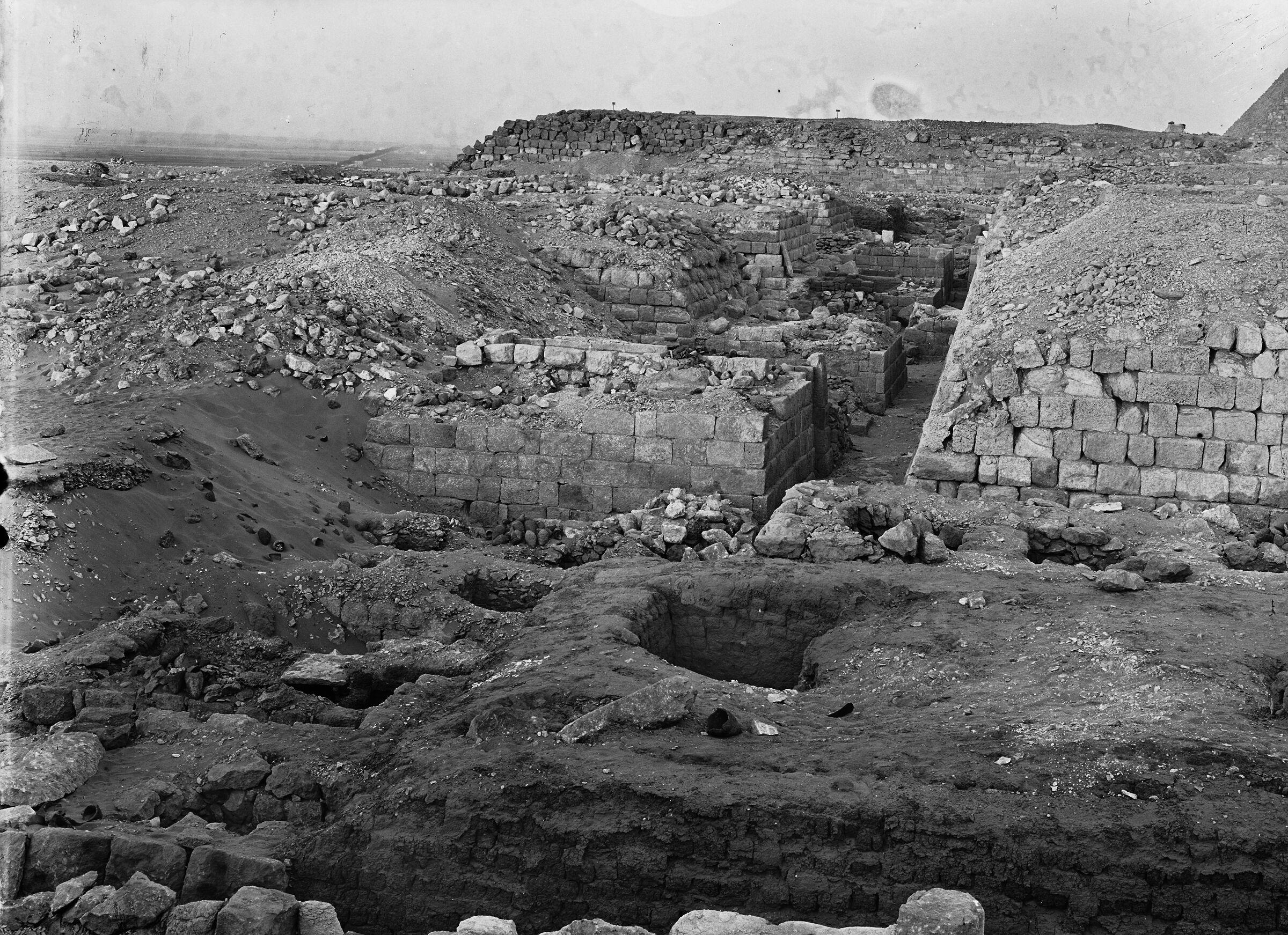 Western Cemetery: Site: Giza; View: G 1209, G 1211, G 1404, G 1405, G 1403