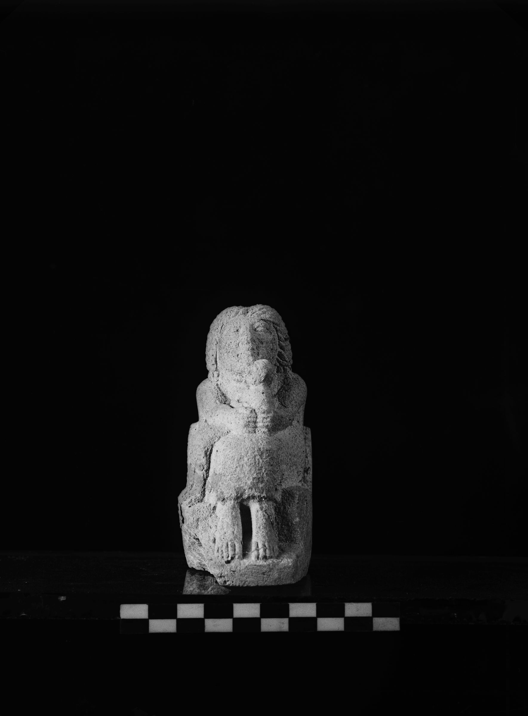 Object(s) photograph: Site: Giza; view: G 2000 X = G 1903X/2091X