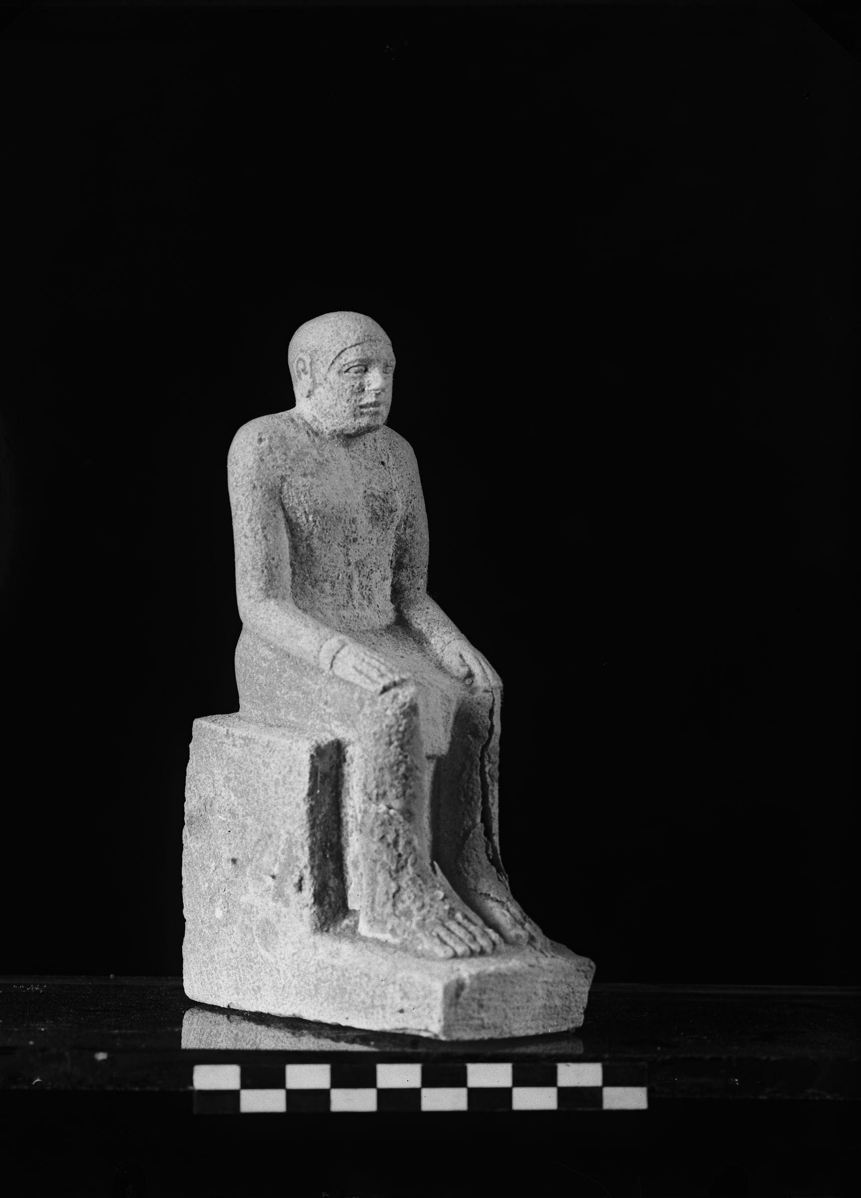 Object(s) photograph: Site: Giza; view: G 2000 X = G 1903X 2091X