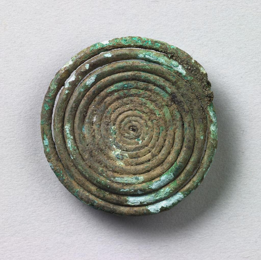 Quatrefoil Fibula Spiral Fragment