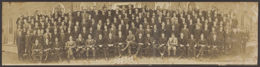 Class - 1919 - Freshman Guests at Smith's Halls, 1915.