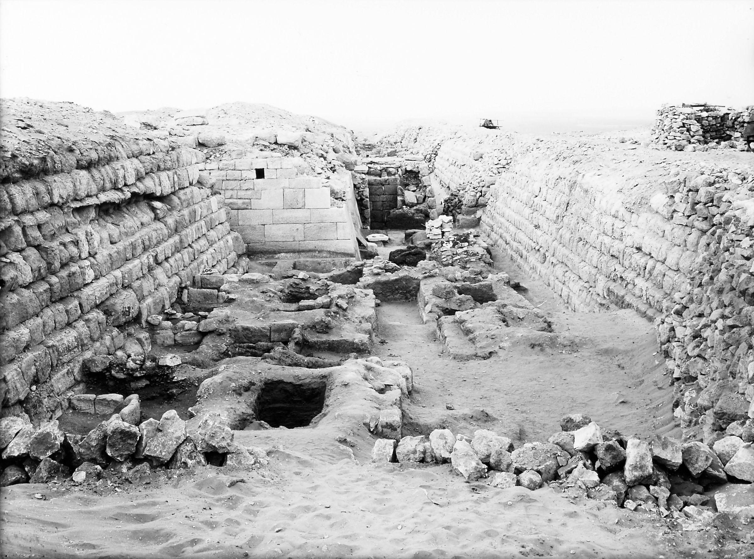 Western Cemetery: Site: Giza; View: G 4860, G 4970, S 304, S 299/303, G 2155, G 2156