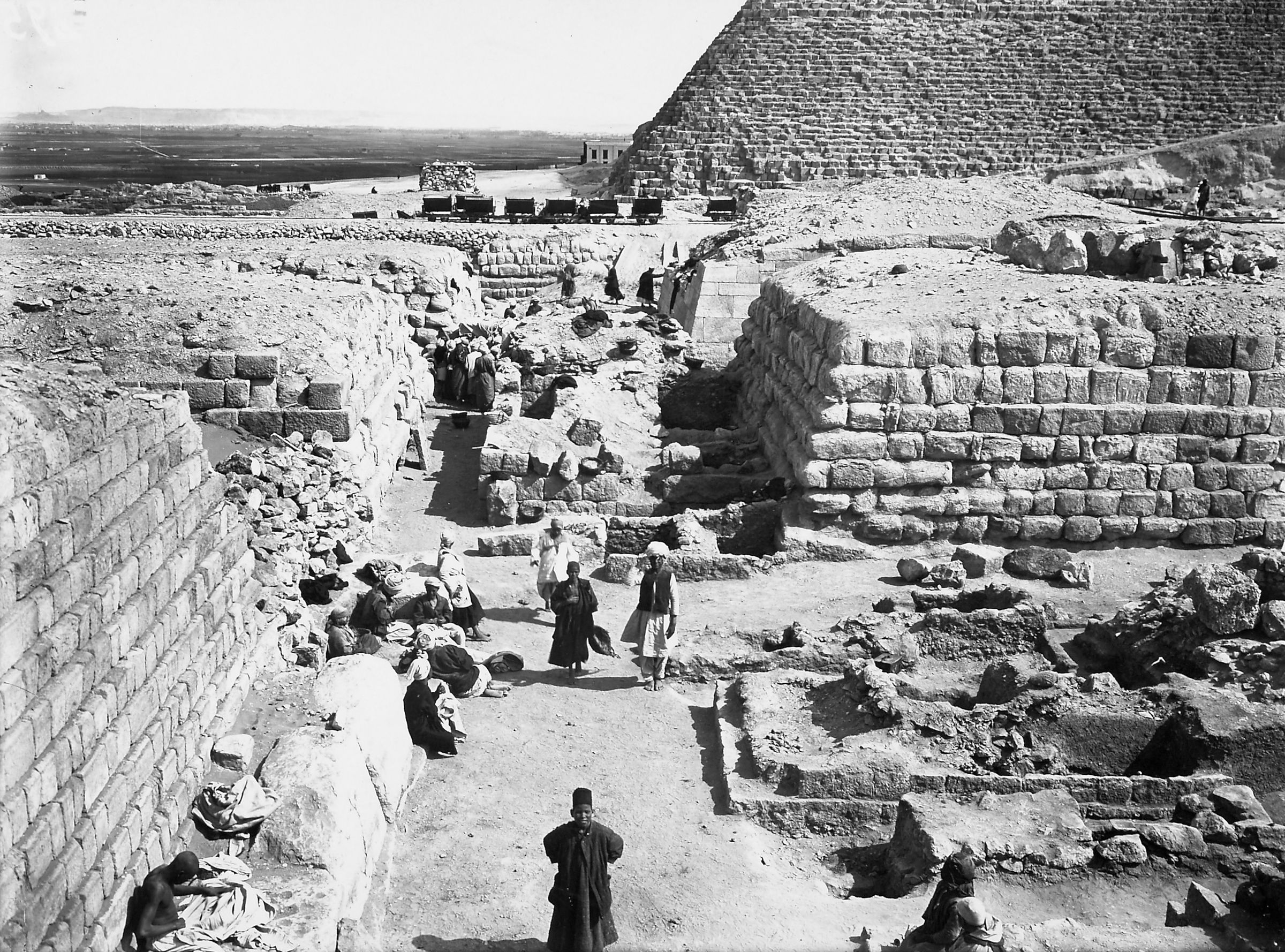 Western Cemetery: Site: Giza; View: G 2140, G 2135, Nimaatre (G 2136b), G 2136, G 2120, Neferihi