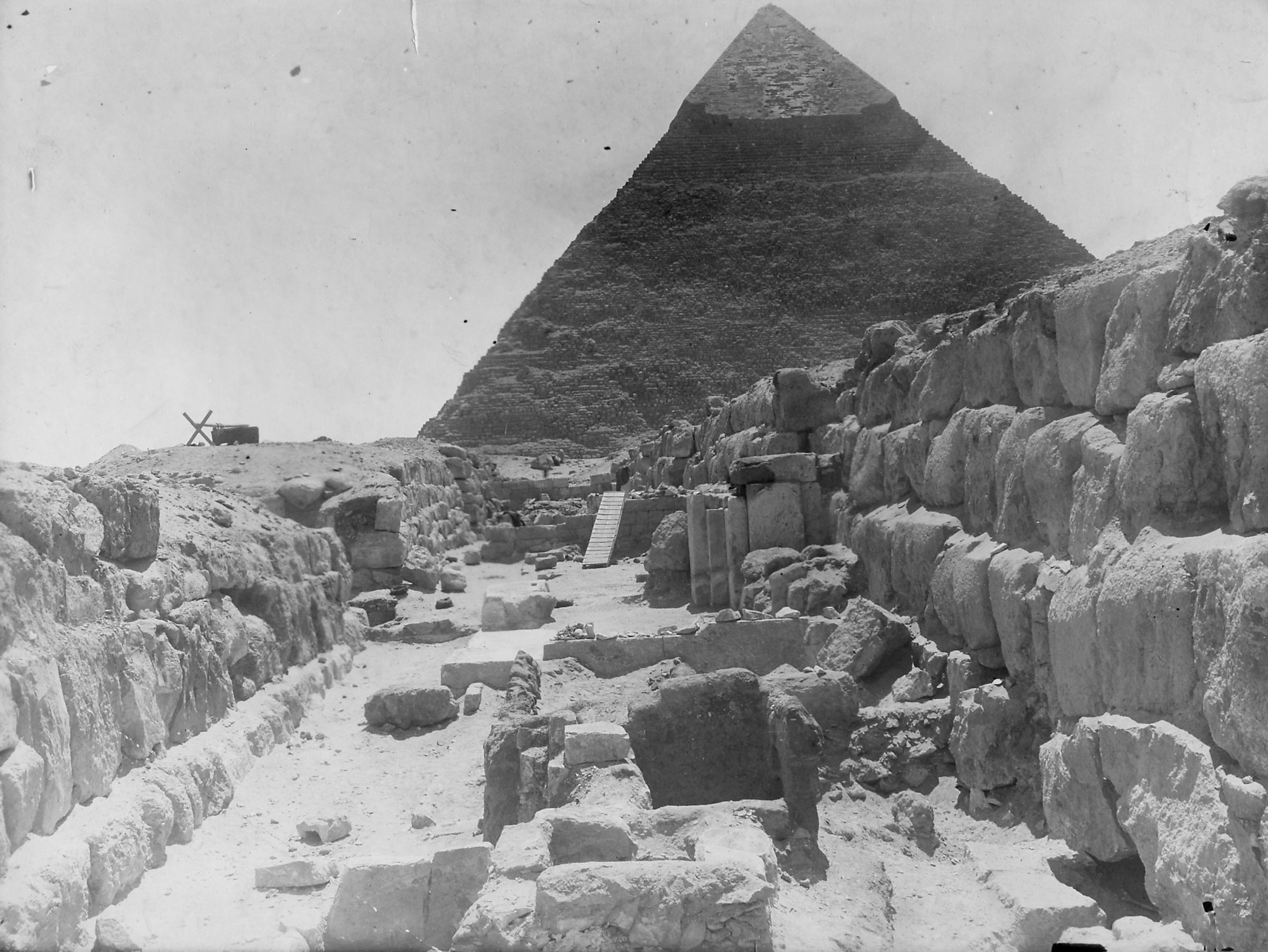 Western Cemetery: Site: Giza; View: G 4850, G 4750, G 4752
