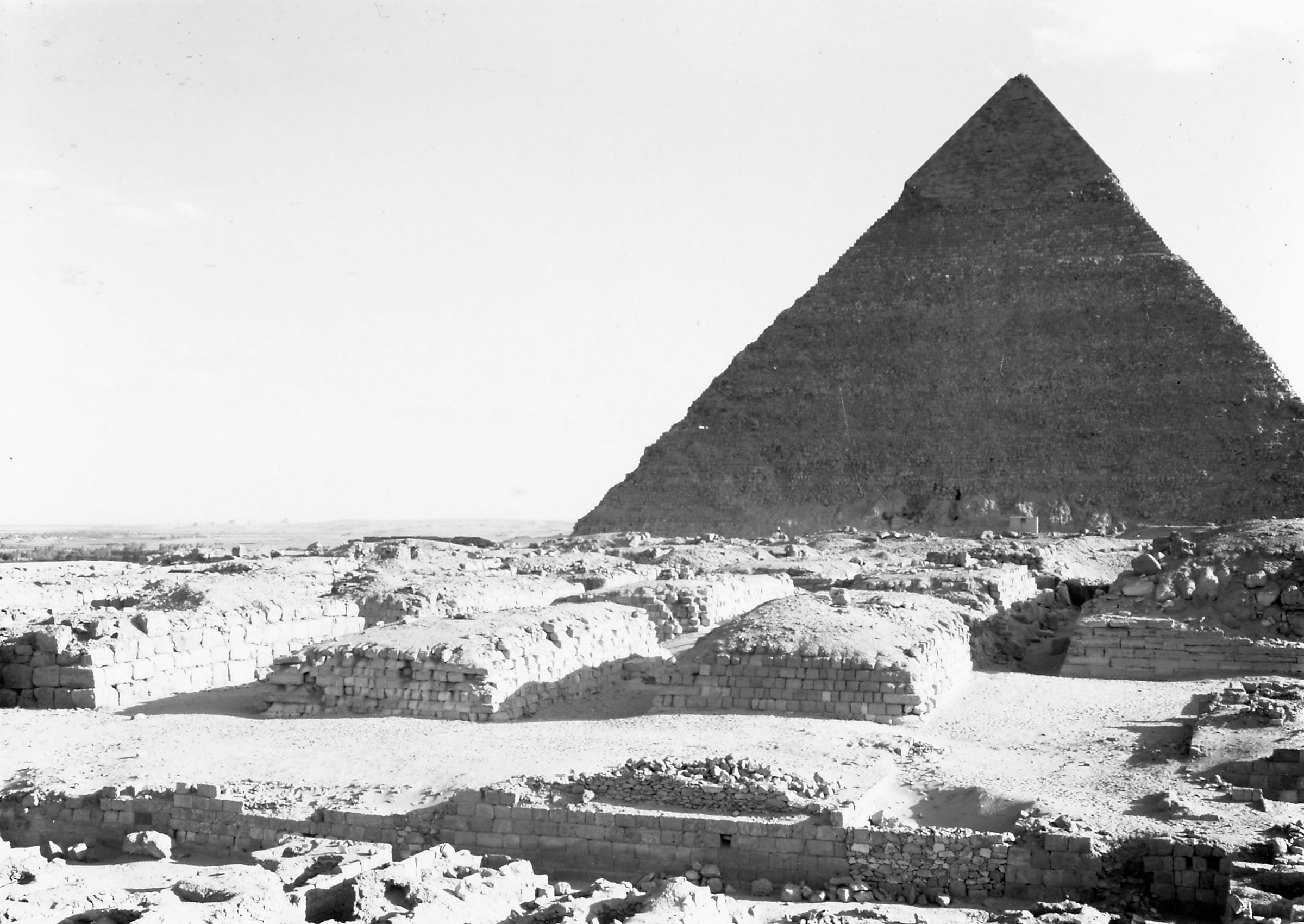 Western Cemetery: Site: Giza; View: G 4160, G 4260