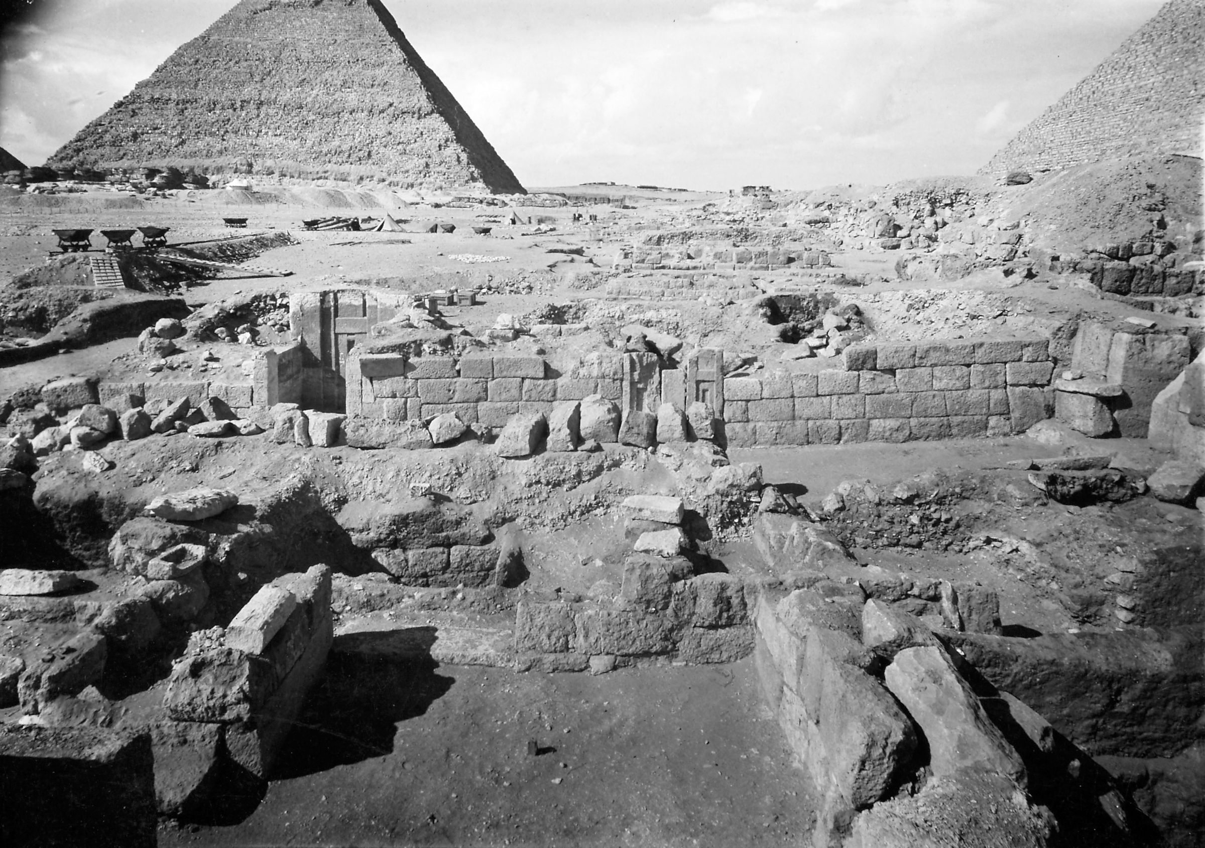G I-South Cemetery: Site: Giza; View: Sehetepu Tepu, Heneni